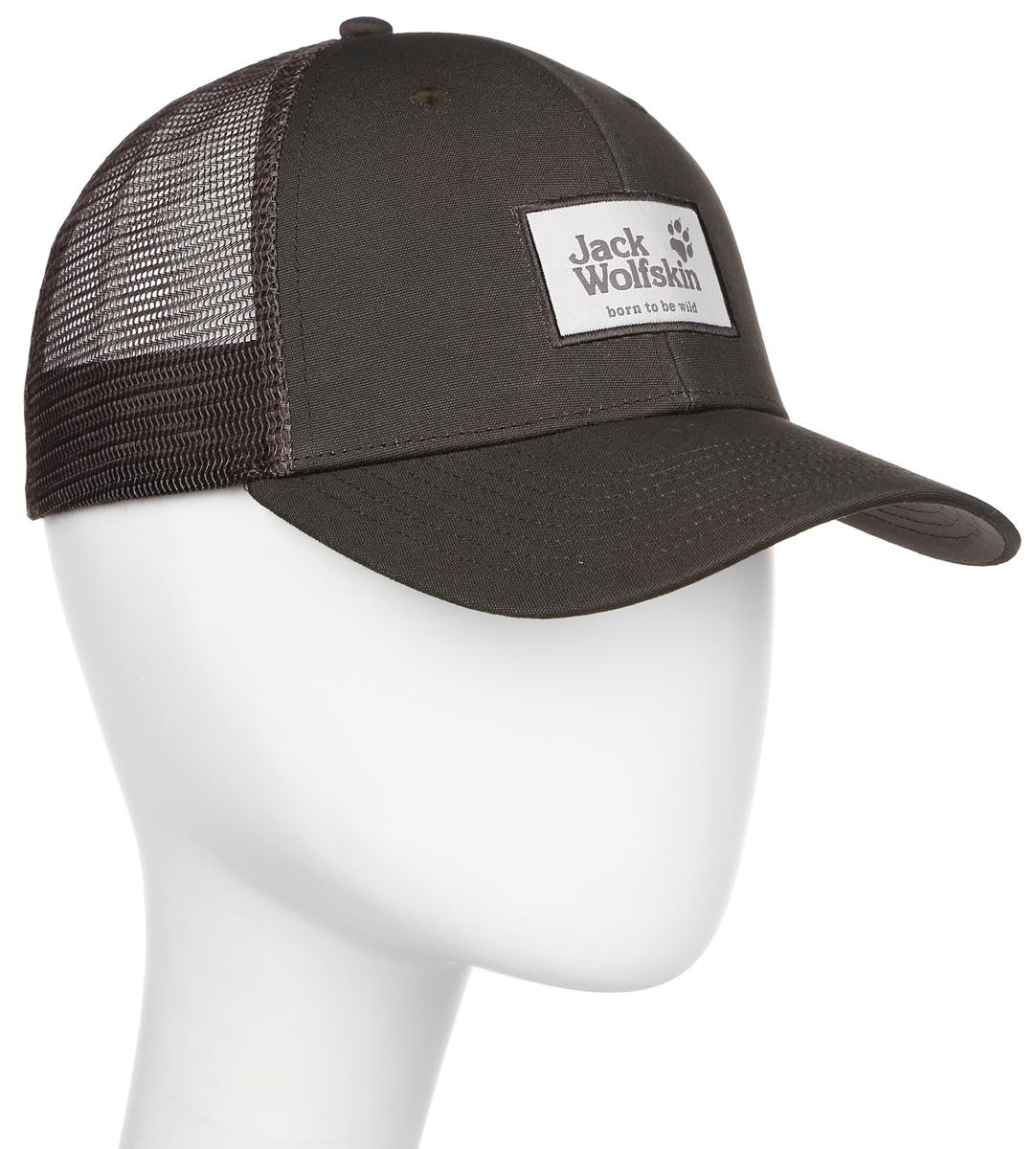 Бейсболка Jack Wolfskin Heritage Cap, цвет: коричневый. 1905621-7010. Размер 56/611905621-7010Бейсболка Heritage Cap изготовлена из 100% натурального хлопка и дополнена сеткой из полиэстера, которая обеспечивает вентиляцию и комфорт при носке. Модель идеальна для жаркой погоды. Бейсболка выполнена в однотонном дизайне и дополнена нашивкой с логотипом бренда.