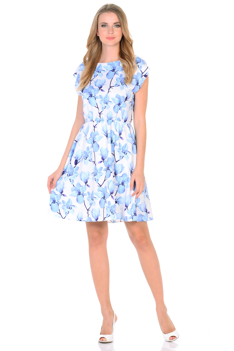 Платье HomeLike, цвет: белый, голубой. 739. Размер 48739Мини-платье от HomeLike Орхидея легкое и воздушное, с короткими цельнокроенными рукавами и округлым вырезом горловины. Женственный силуэт присобран по талии на мягкую резиночку и создает струящиеся складочки, имеющийся подъюбник выполняет эстетическую и практичную функцию, помогает сохранять красивую форму. Особое очарование платью придает объемный принт орхидеи, нежные цветы создают весеннее настроение, привлекают внимание, делая образ неповторимым и запоминающимся.