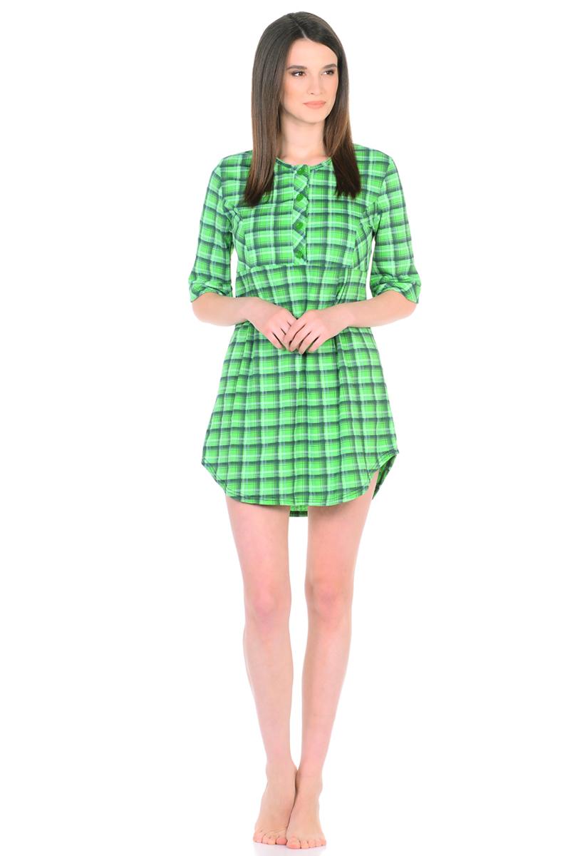 Платье домашнее HomeLike, цвет: зеленый. 762. Размер 50762Домашнее платье HomeLike свободного силуэта от кокетки и срукавами 3/4 выполнено из трикотажа в клетку. Фигурный низ придает изделию изящную форму, подчеркивает стройность ног. Рисунок в клетку всегда в моде, к тому же он способен корректировать силуэт тем, кто в этом нуждается. Округлый вырез горловины с планкой на пуговицах создает удобство при одевании и дополняет современный дизайн. Платье отлично садится по фигуре, не сковывает движений, создает ощущения легкости и комфорта.