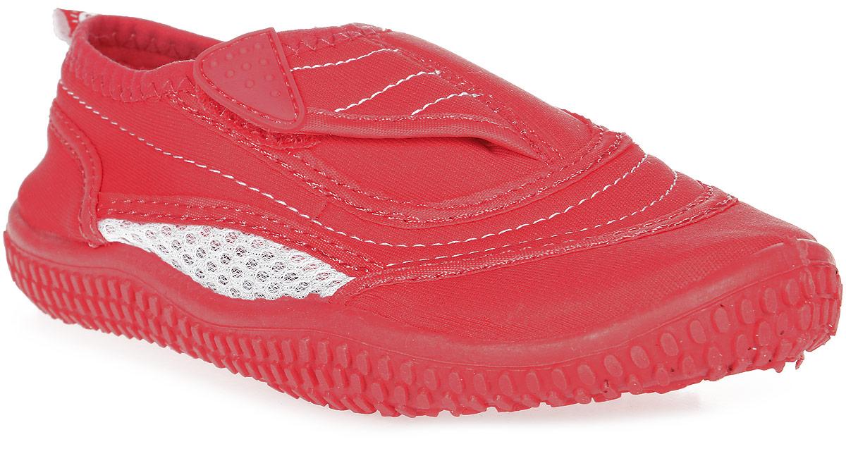 Тапки пляжные детские Reima Aqua, цвет: розовый. 5693093360. Размер 325693093360Идеальная обувь для долгих игр на пляже, плавания и летних развлечений, ведь в ней удобно и в воде, и на берегу. Ее очень легко надевать благодаря застежке на липучке. Материал верха защищает от ультрафиолета, а дышащая сетка обеспечит ногам комфорт в летнюю жару. Фактор защиты от ультрафиолета 50+. Подошва из термопластичной резины защищает пятки от горячего песка и не будет скользить на гальке и на мокрой палубе.