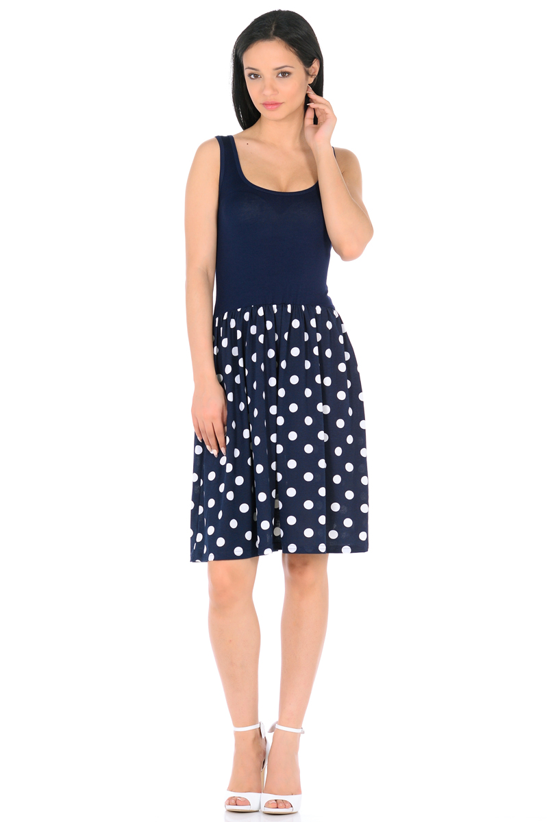 Платье HomeLike, цвет: темно-синий, белый. 852. Размер 44852Мини-платье HomeLike комбинированное, с приталенным верхом и с расклешенной юбкой. Модель без рукавов, с округлым вырезом по горловине, отрезная линия талии дополнена мягкой резиночкой для наилучшей посадки по фигуре. Симпатичный рисунок на юбке платья, и такая же окантовка по горловине украшают лаконичный фасон. Мягкие ткани приятны для тела, удобный крой не сковывает движений, создает ощущения легкости и комфорта.
