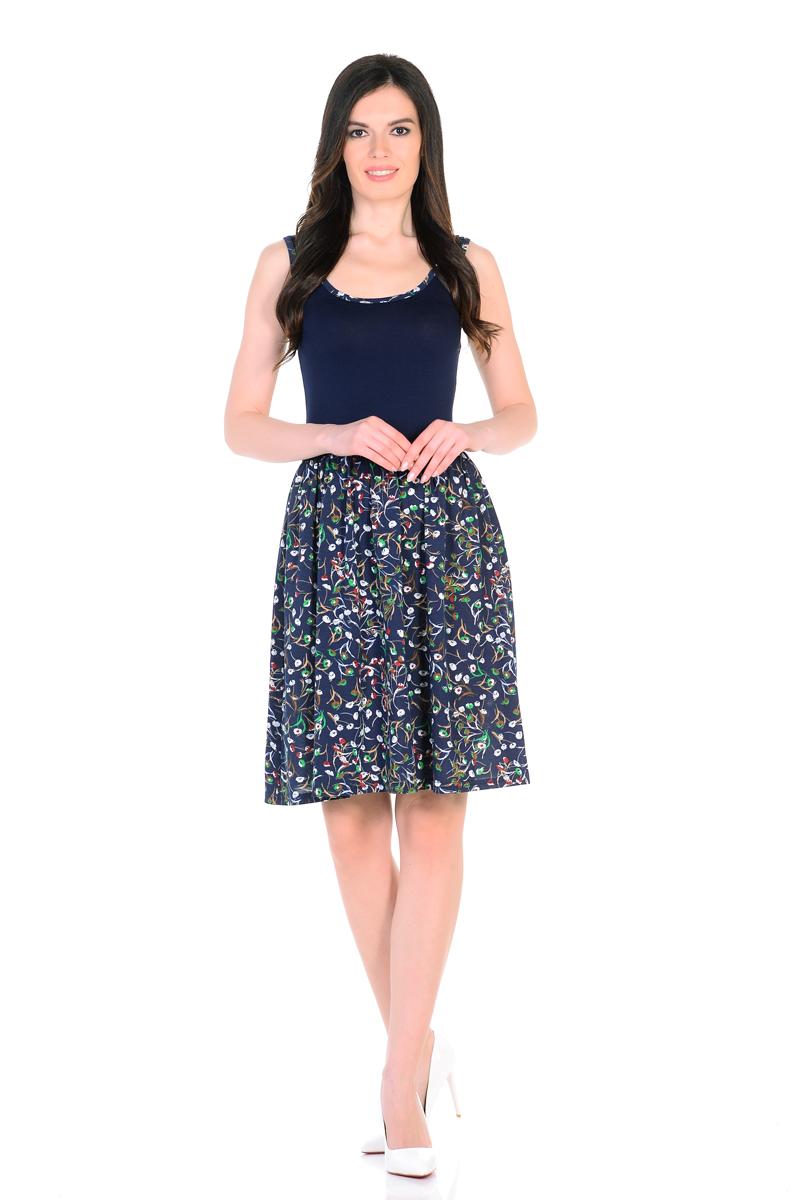 Платье HomeLike, цвет: темно-синий, зеленый. 852. Размер 44852Мини-платье HomeLike комбинированное, с приталенным верхом и с расклешенной юбкой. Модель без рукавов, с округлым вырезом по горловине, отрезная линия талии дополнена мягкой резиночкой для наилучшей посадки по фигуре. Симпатичный рисунок на юбке платья, и такая же окантовка по горловине украшают лаконичный фасон. Мягкие ткани приятны для тела, удобный крой не сковывает движений, создает ощущения легкости и комфорта.