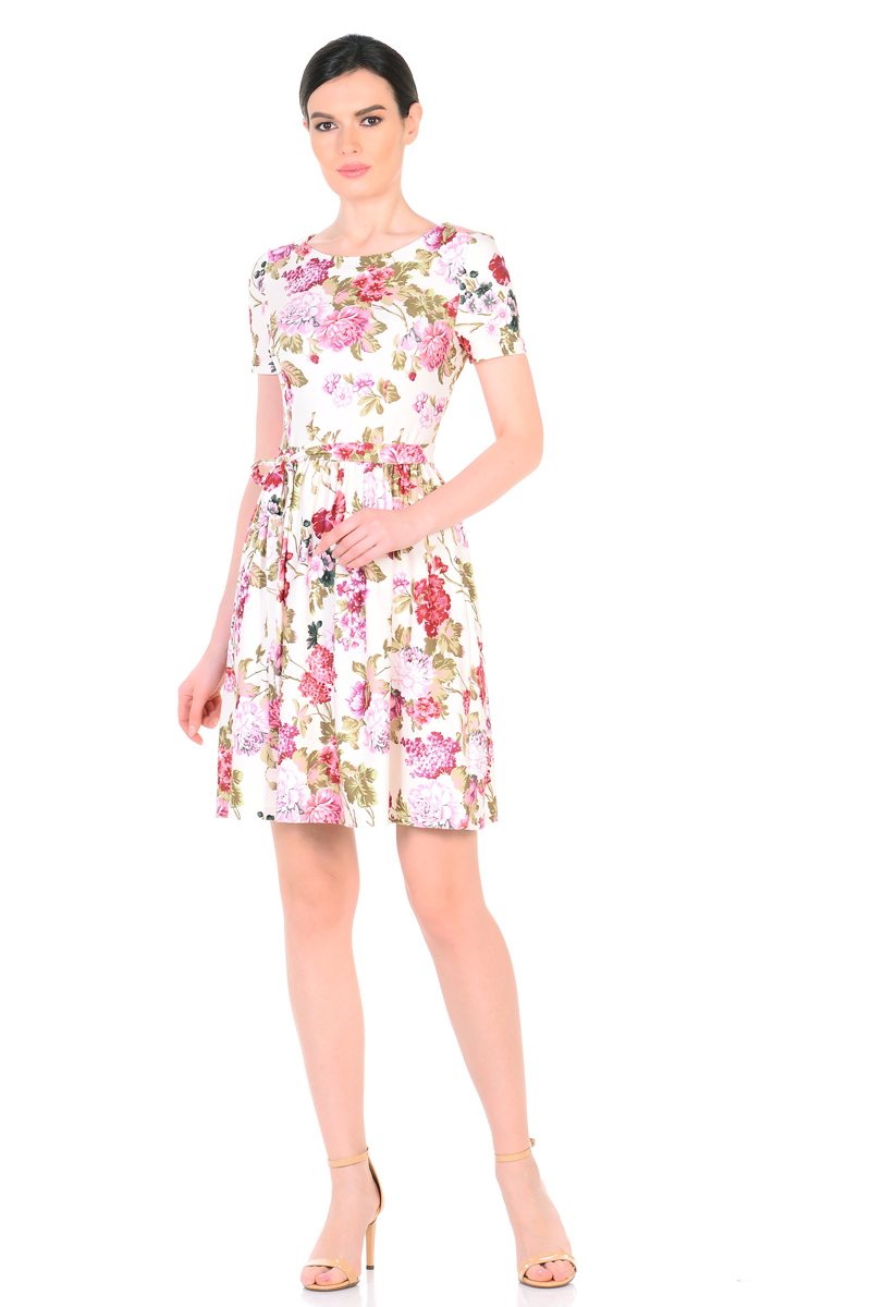 Платье HomeLike, цвет: молочный, зеленый, розовый. 885. Размер 44885Женственное весенне-летнее платье HomeLike выполнено из струящегося материала масло в изысканной расцветке. Модель с приталенным верхом с рельефами и с расклешенной юбкой. Рукава короткие. Вырез горловины округлый. Лини талии дополнена мягкой формирующей резиночкой. Пояс завязка придает изюминку. Платье безупречно садится по фигуре, подчеркивает достоинства. Ткань приятная к телу, струится, плавно повторяя формы и изгибы тела. Красивая расцветка освежает, привлекает внимание, придавая образу еще больше очарования.