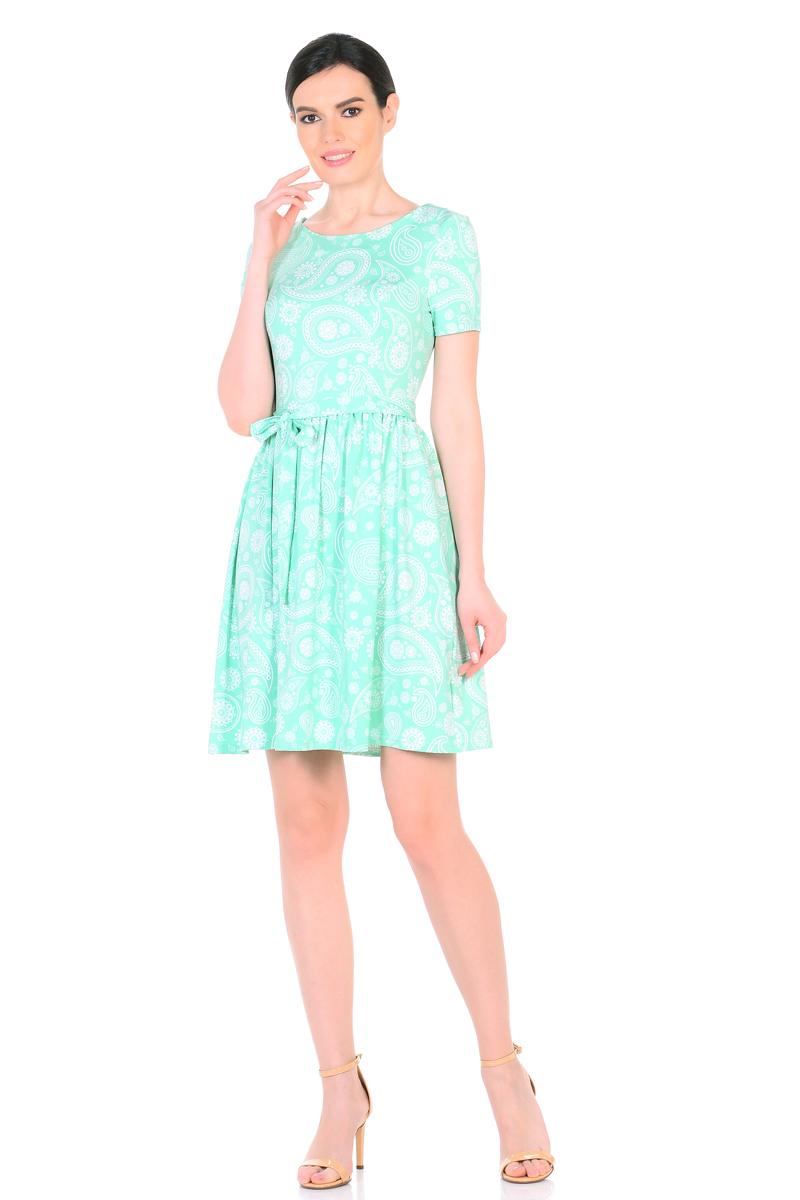 Платье HomeLike, цвет: светло-зеленый, белый. 885. Размер 42885Женственное весенне-летнее платье HomeLike выполнено из струящегося материала масло в изысканной расцветке. Модель с приталенным верхом с рельефами и с расклешенной юбкой. Рукава короткие. Вырез горловины округлый. Лини талии дополнена мягкой формирующей резиночкой. Пояс завязка придает изюминку. Платье безупречно садится по фигуре, подчеркивает достоинства. Ткань приятная к телу, струится, плавно повторяя формы и изгибы тела. Красивая расцветка освежает, привлекает внимание, придавая образу еще больше очарования.