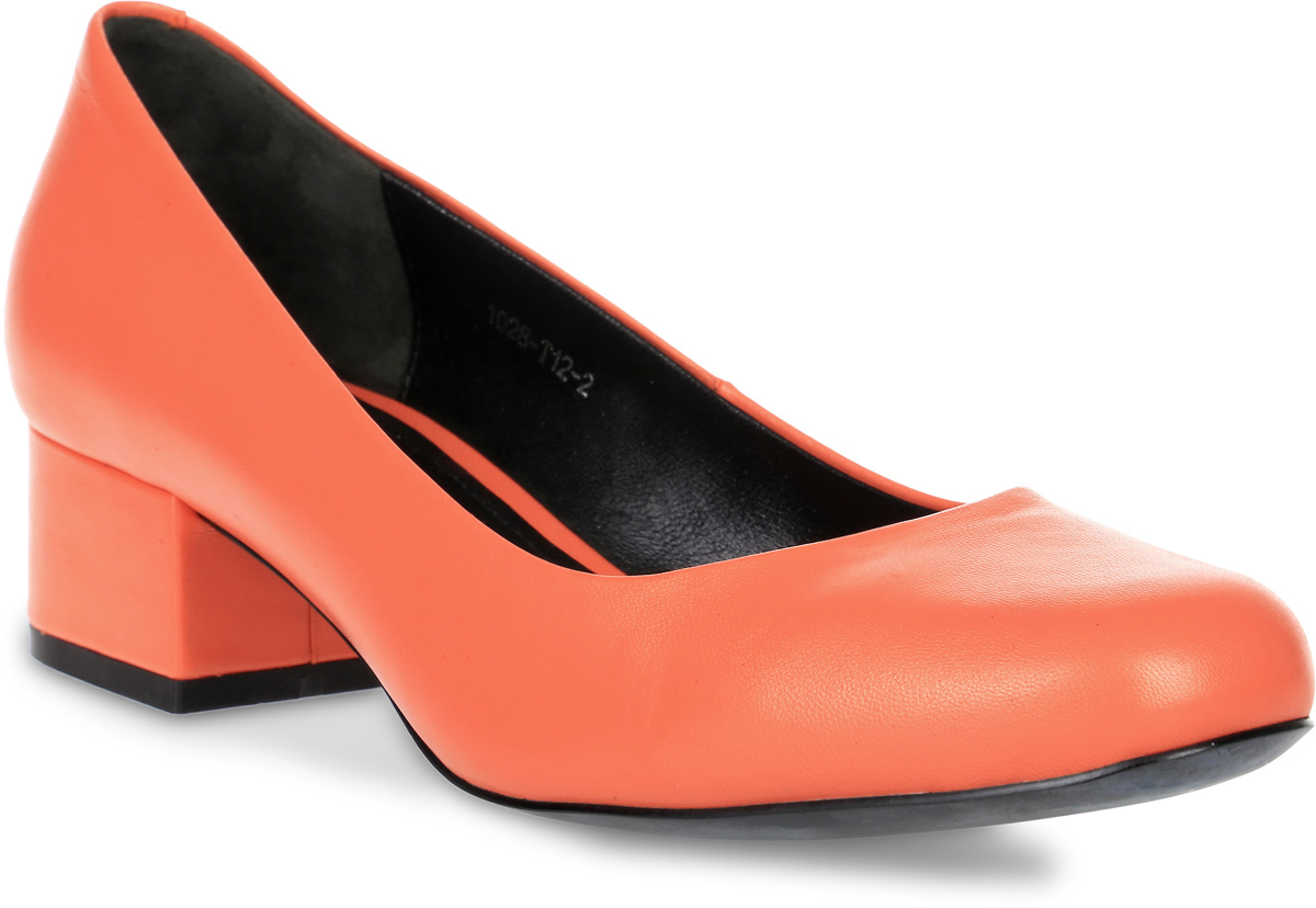 Туфли женские Graciana, цвет: оранжевый. 1028-T12-2. Размер 381028-T12-2Туфли Graciana выполнены из натуральной кожи зернистой текстуры. Внутренняя поверхность и стелька выполнены из натуральной кожи. Подошва выполнена из тунита и дополнена невысоким каблуком. Поверхность подошвы дополнена небольшим рифлением.