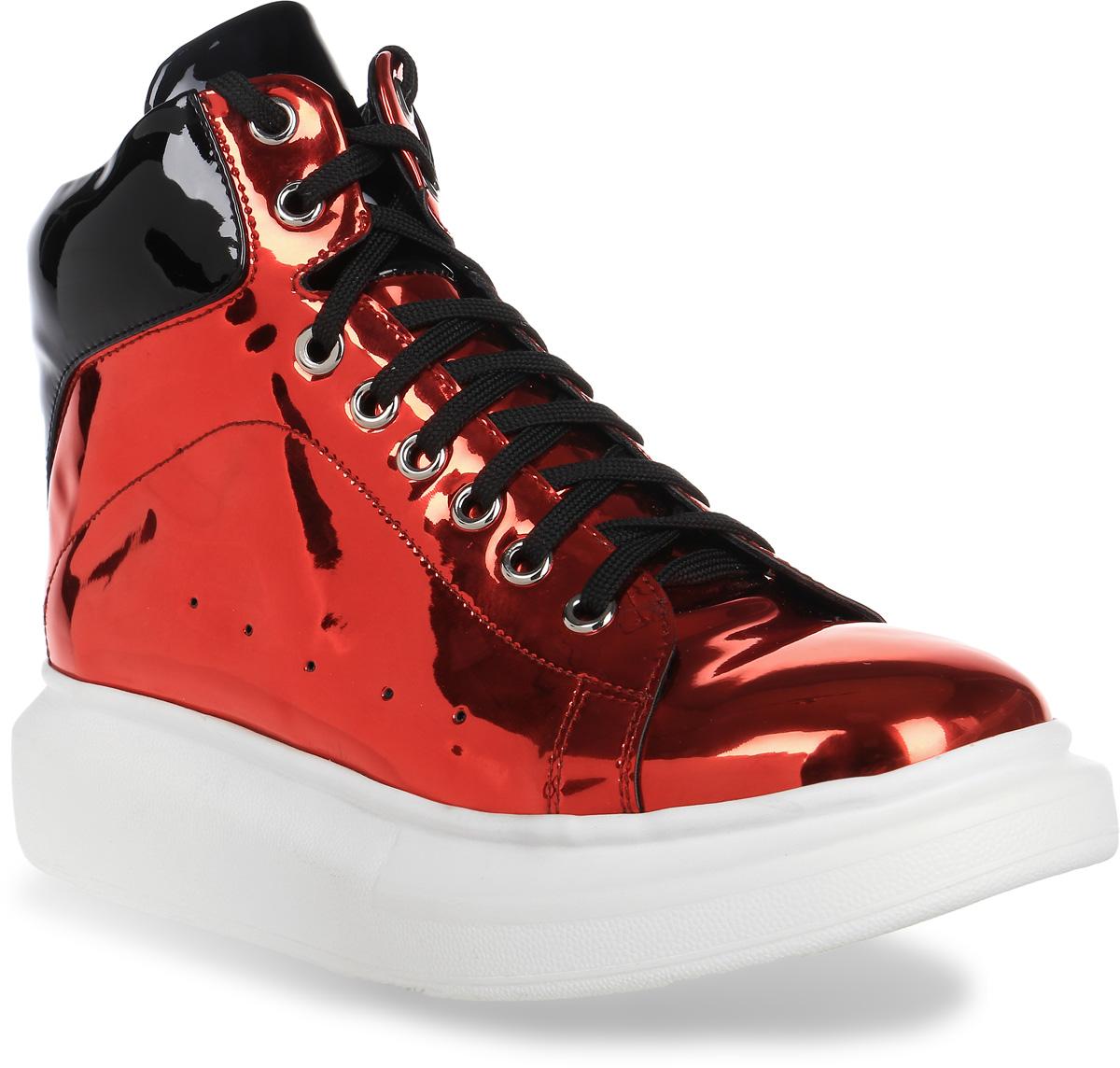 Ботинки женские Lk Collection, цвет: красный. H519-W302-2PU. Размер 36H519-W302-2PUЖенские ботинки на плоской подошве выполнены из искусственной зеркальной кожи. Модель на ноге фиксируется при помощи классической шнуровки, и дополнена стелькой из натуральной кожи.
