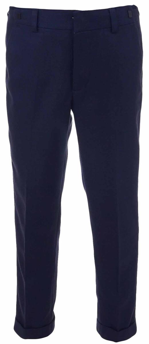 Брюки для мальчика Gulliver, цвет: синий. 217GSBC6305. Размер 134217GSBC6305Классические брюки для мальчика - основа повседневного школьного гардероба. В сочетании с любым верхом, они смотрятся строго, настраивая на деловую волну. Хороший состав и качество ткани обеспечивают брюкам достойный внешний вид, долговечность и неприхотливость в уходе. Школьные брюки для мальчика имеют удобную регулировку пояса, создающую комфортную посадку изделия на любой фигуре.