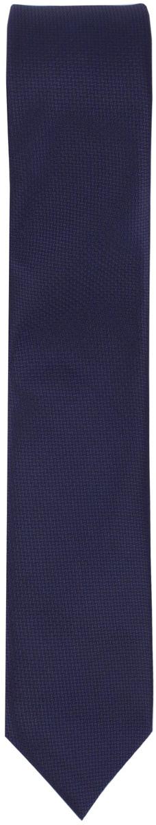 Галстук для мальчика Gulliver, цвет: темно-синий. 217GSBC8610. Размер универсальный217GSBC8610Красивый галстук для школьной формы - достойное завершение делового ансамбля. Для удобства и экономии драгоценного утреннего времени, модель имеет аккуратную прищепку в невидимой зоне, позволяющую в течение нескольких секунд прикрепить галстук к воротнику рубашки. Купить галстук на прищепке, значит, приобрести стильный и удобный аксессуар для создания образа серьезного, уверенного в себе юноши.