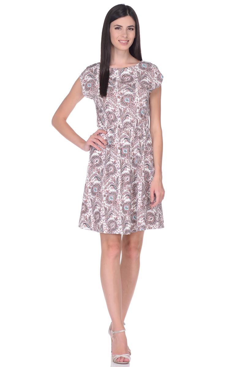 Платье жен EseMos, цвет: молочный, розовый, бирюзовый. 106. Размер 48106Легкое платье, изготовленное из струящейся ткани в изысканной современной расцветке. Женственный силуэт без рукавов, изящно присобран по талии на мягкую резиночку, образуя красивую драпировку. Спущенная пройма лишь слегка прикрывает плечи. Платье имеет подьюбник, который помогает держать форму, не утяжеляя при этом платье. Модель превосходно садится по фигуре, скрывая возможные несовершенства, подчеркивает достоинства, дарит ощущения легкости и комфорта.