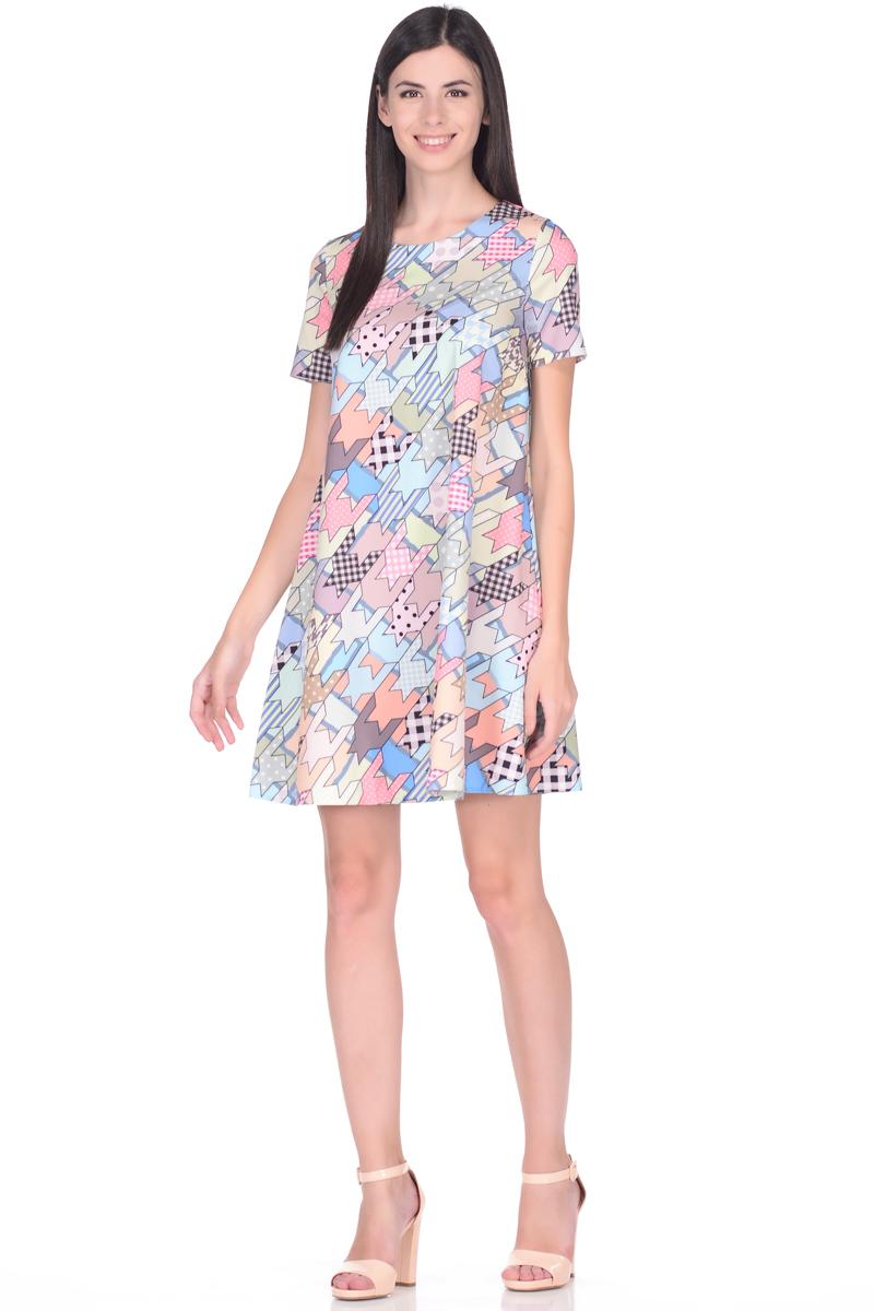 Платье EseMos, цвет: розовый, голубой, коралловый. 114. Размер 46114Стильное платье EseMos трапециевидного силуэта, с короткими рукавами и округлым вырезом горловины. Платье выполнено из искусственного шелка, материал в красивой расцветке, приятный, легкий и почти не мнется. Такое платье подходит для фигуры любого типа, скрывая несовершенства, подчеркивает достоинства, дарит комфорт и свободу движениям.