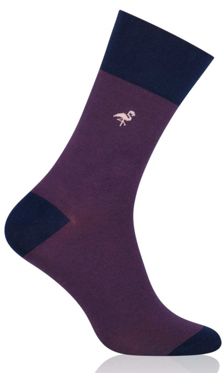 Носки мужские More, цвет: фиолетовый. 051 (004). Размер 39/42051 (004)Стильные деловые мужские носки More изготовлены из высококачественного хлопка, они приятны на ощупь, не раздражают кожу, позволяя ей дышать. Модель отлично облегает стопу. Имеют удобную не сдавливающую резинку.Изделие дополнено принтом.