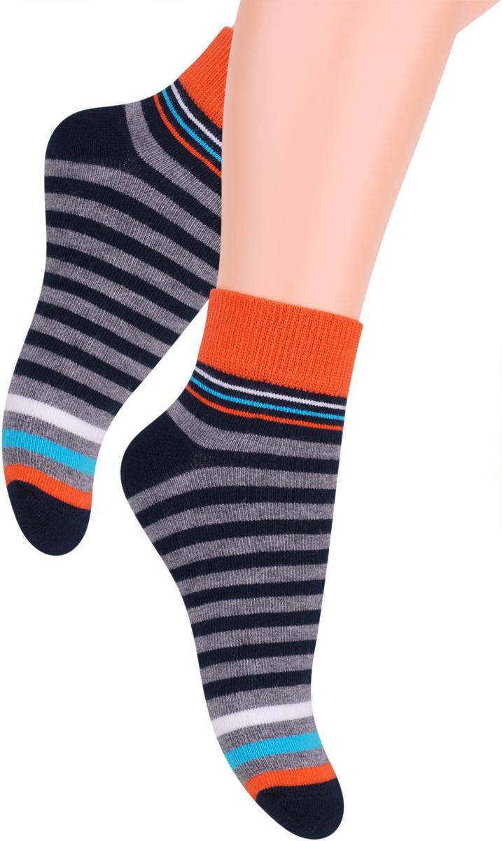 Носки для мальчика Steven, цвет: темно-синий, оранжевый. 004 (RA97). Размер 26/28004 (RC97)/004 (RB97)/004 (RA97)Носки Steven изготовлены из качественного материала на основе хлопка. Модель имеет мягкую эластичную резинку. Носки хорошо держат форму и обладают повышенной воздухопроницаемостью.