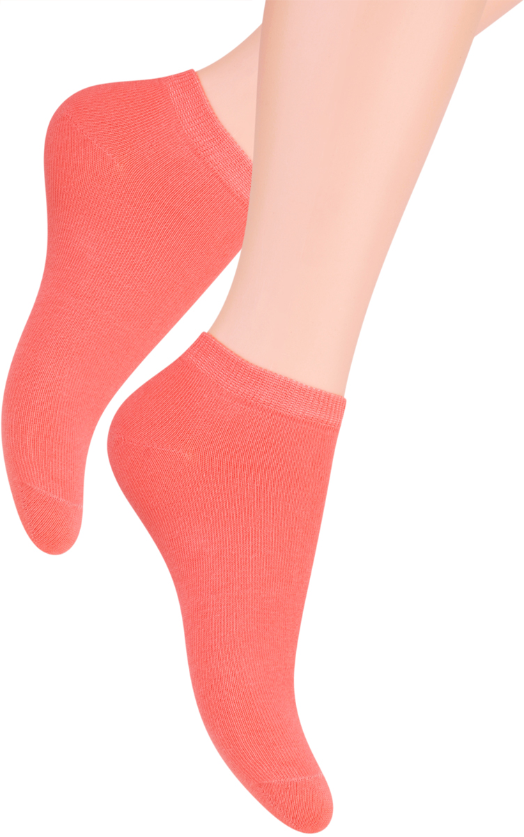Носки женские Steven, цвет: лососевый. 052 (UX12). Размер 35/37052 (WX12)/052 (UX12)Носки Steven изготовлены из качественного материала на основе хлопка. Укороченная модель имеет мягкую эластичную резинку. Носки хорошо держат форму и обладают повышенной воздухопроницаемостью.