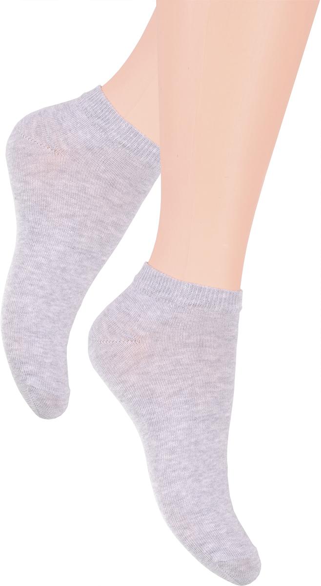 Носки женские Steven, цвет: светло-серый. 052 (WX34). Размер 38/40052 (WX34)/052 (UX34)Носки Steven изготовлены из качественного материала на основе хлопка. Укороченная модель имеет мягкую эластичную резинку. Носки хорошо держат форму и обладают повышенной воздухопроницаемостью.