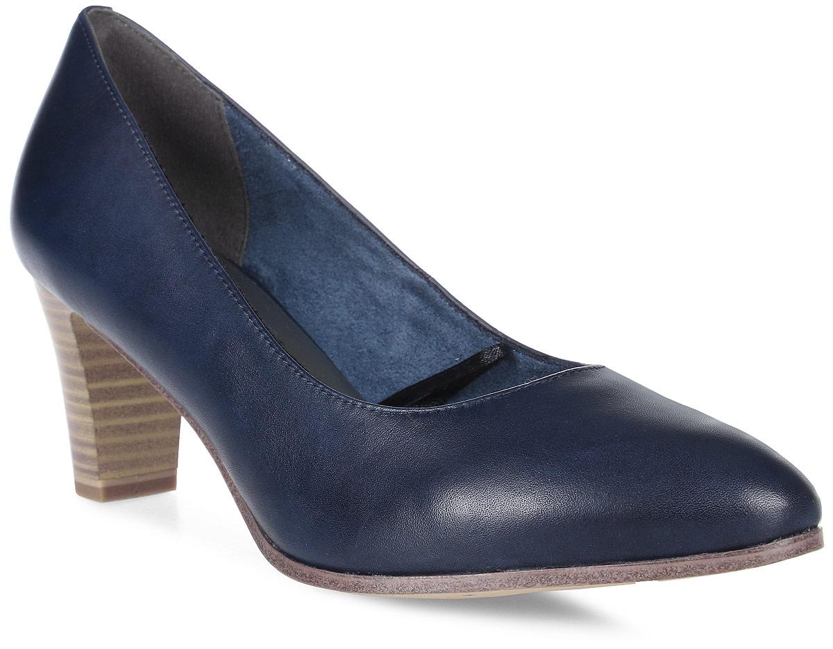 Туфли женские Tamaris, цвет: синий. 1-1-22422-28-805/229. Размер 401-1-22422-28-805/229Стильные туфли от Tamaris - незаменимая вещь в гардеробе каждой женщины. Модель выполнена из натуральной кожи. Подкладка изготовлена из текстиля, стелька - из искусственной кожи. Каблук, стилизованный под дерево, устойчив. Роскошные туфли помогут вам создать незабываемый образ.
