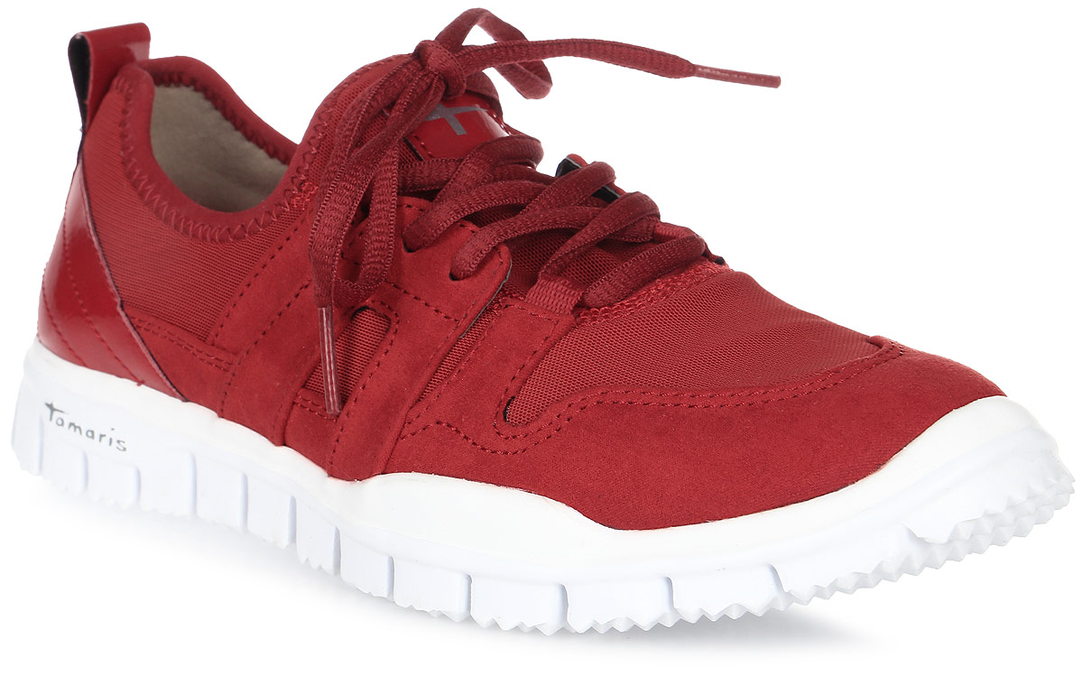 Кроссовки женские Tamaris, цвет: красный. 1-1-23651-38-536/266. Размер 361-1-23651-38-536/266Модные кроссовки от Tamaris придутся вам по душе! Модель выполнена из текстиля и оформлена на язычке нашивкой с фирменным логотипом, на подошве - названием бренда. Шнуровка обеспечивает надежную фиксацию обуви на ноге. Подкладка и стелька из натуральной кожи позволяют ногам дышать. Подошва из материала EVA обладает высокой износостойкостью и обеспечивает идеальную амортизацию. Протектор на подошве гарантирует отличное сцепление с любой поверхностью. Такие кроссовки займут достойное место в вашем гардеробе.