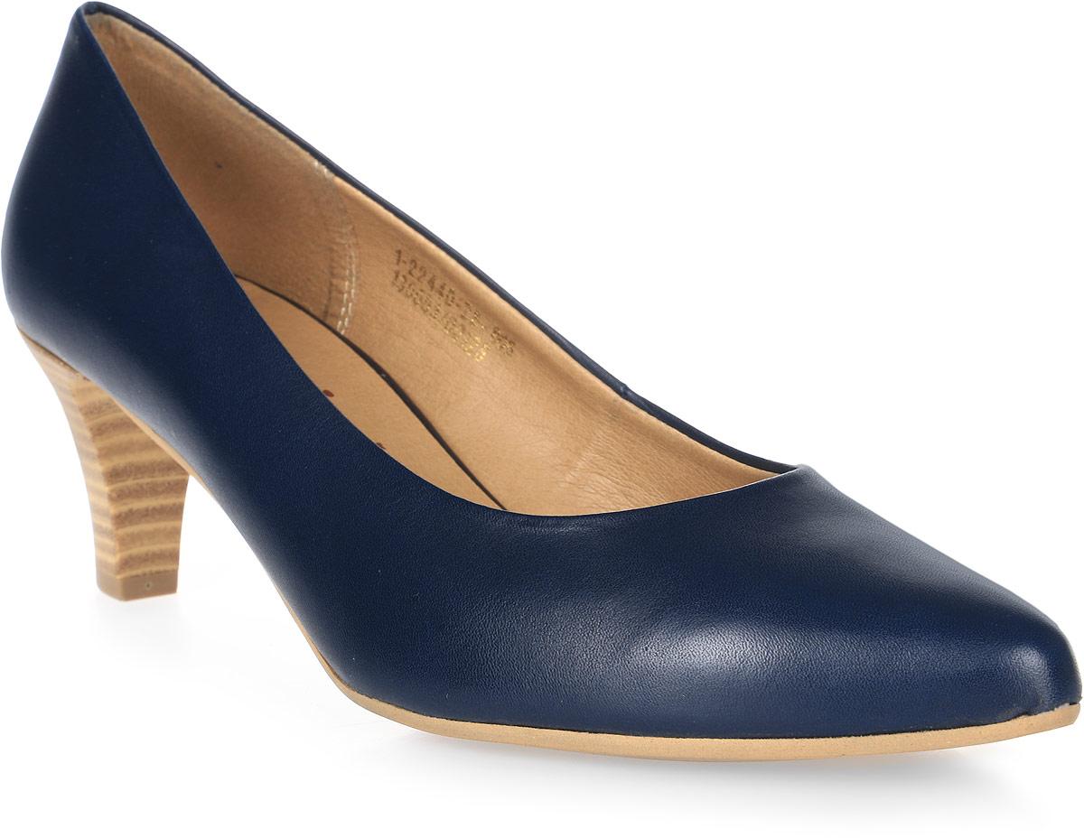 Туфли женские Tamaris, цвет: синий. 1-1-22440-28-805/225. Размер 381-1-22440-28-805/225Стильные туфли от Tamaris - незаменимая вещь в гардеробе каждой женщины. Модель выполнена из натуральной кожи. Подкладка и стелька изготовлены из искусственной кожи. Небольшой каблук, стилизованный под дерево, устойчив. Роскошные туфли помогут вам создать незабываемый образ.