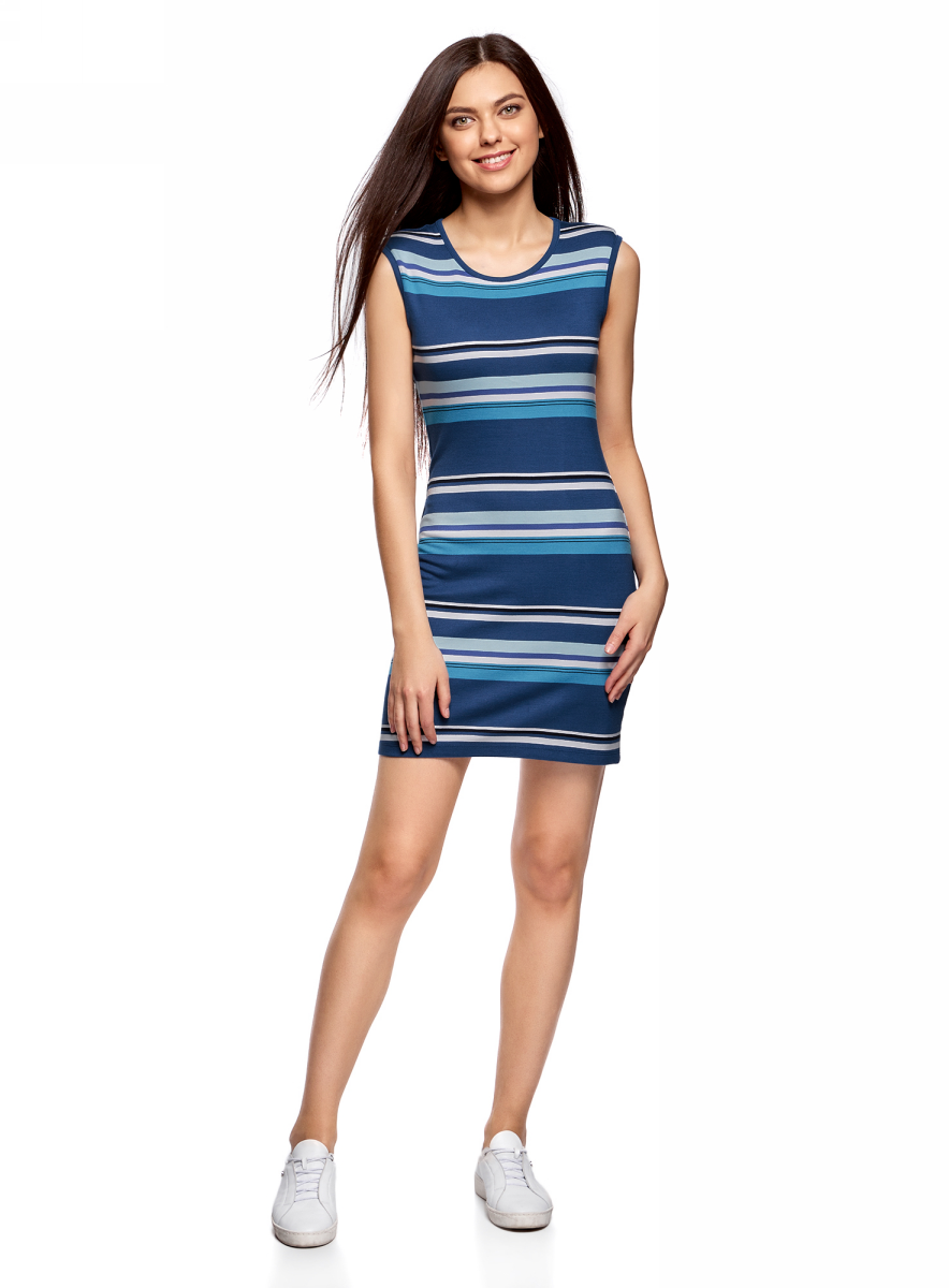 Платье oodji Ultra, цвет: синий, бирюзовый. 14008014-2/46898/7573S. Размер L (48)14008014-2/46898/7573SТрикотажное облегающее платье oodji изготовлено из качественного смесового материала. Модель-мини выполнена без рукавов и с круглым вырезом.