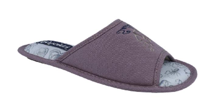 Тапки мужские Defonseca, цвет: коричневый. BARI TP M143. Размер 45/46BARI TP M143Домашние тапки от Defonseca выполнены из качественного текстиля. Внутренняя часть выполнена из мягкого текстиля. Подошва изготовлена из легкой и гибкой резины.
