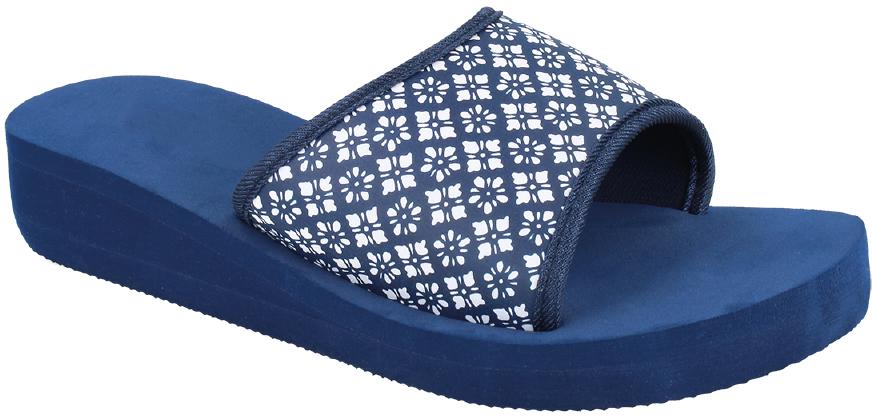 Шлепанцы женские Defonseca, цвет: синий. RAVELLO W45. Размер 37RAVELLO W45Удобные шлепанцы Defonseca незаменимы для пляжного сезона. Легкая модель полностью выполнена из качественного полимерного материала.