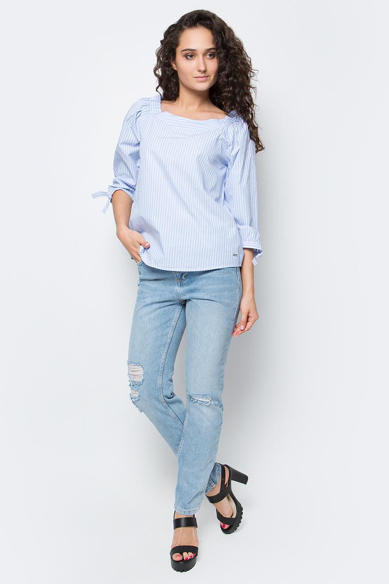 Блузка женская Tom Tailor, цвет: голубой, белый. 2033272.01.71_6718. Размер L (48)2033272.01.71_6718Женская блузка Tom Tailor выполнена из хлопка. Модель оформлена принтом в полоску. Горловина дополнена вставками из эластичной резинки, при помощи чего блузка позволяет открыть плечи. Рукава реглан три четверти с завязками на манжетах.