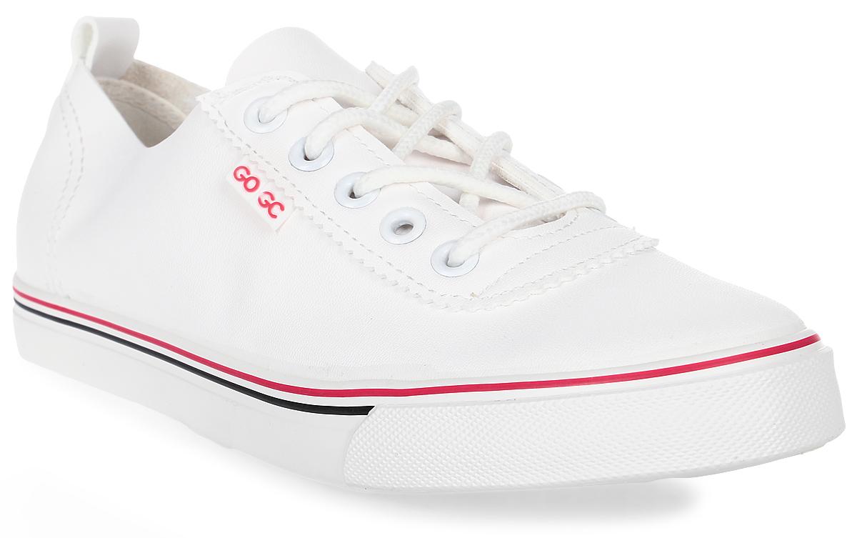 Кеды женские Gogs, цвет: белый. G920-13. Размер 39G920-13Стильные кеды Gogs созданы для тех, кто предпочитает оригинальный дизайн и непревзойденное качество. Модель выполнена из искусственной кожи. Классическая шнуровка надежно фиксирует обувь на ноге. Стелька и подкладка из текстиля обеспечивают комфорт при ходьбе. Подошва изготовлена из износостойкой резины. Эффектные кеды помогут вам создать яркий, динамичный образ.