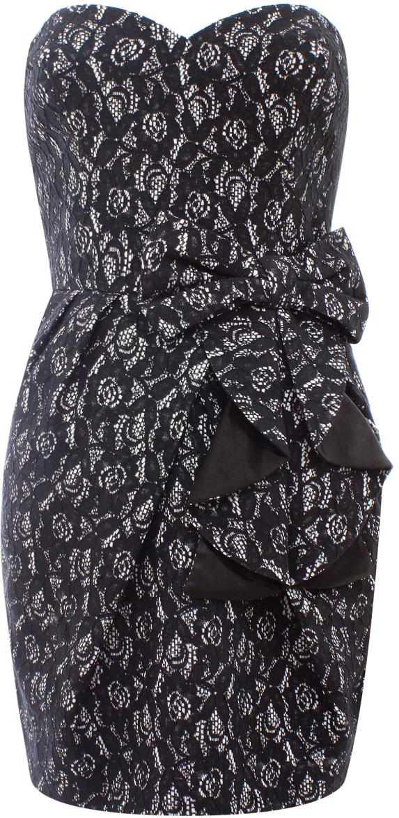 Платье oodji Ultra, цвет: черный, серебряный металлик. 11902121/33159/2991X. Размер 42-170 (48-170)11902121/33159/2991XСтильное платье oodji изготовлено из качественного плотного материала. Модель с открытым верхом застегивается сзади на молнию. Передняя часть платья декорирована крупным декоративным бантом.