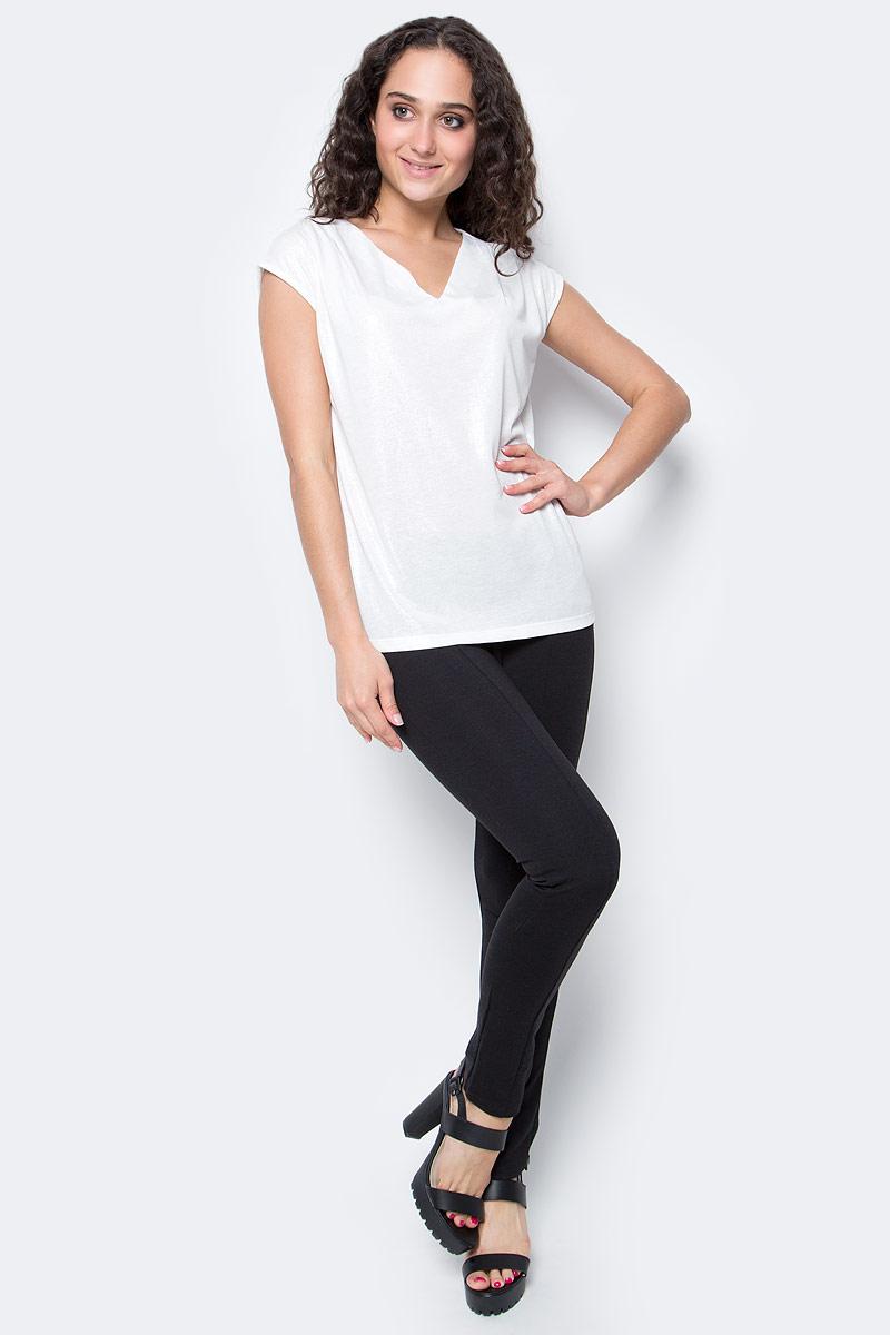 Блузка женская Top Secret, цвет: белый. SBW0276BI. Размер 40 (46)SBW0276BIСтильная женская блузка, выполненная из полиэстера и вискозы, отлично дополнит ваш гардероб. Модель без рукавов с V-образным вырезом горловины.