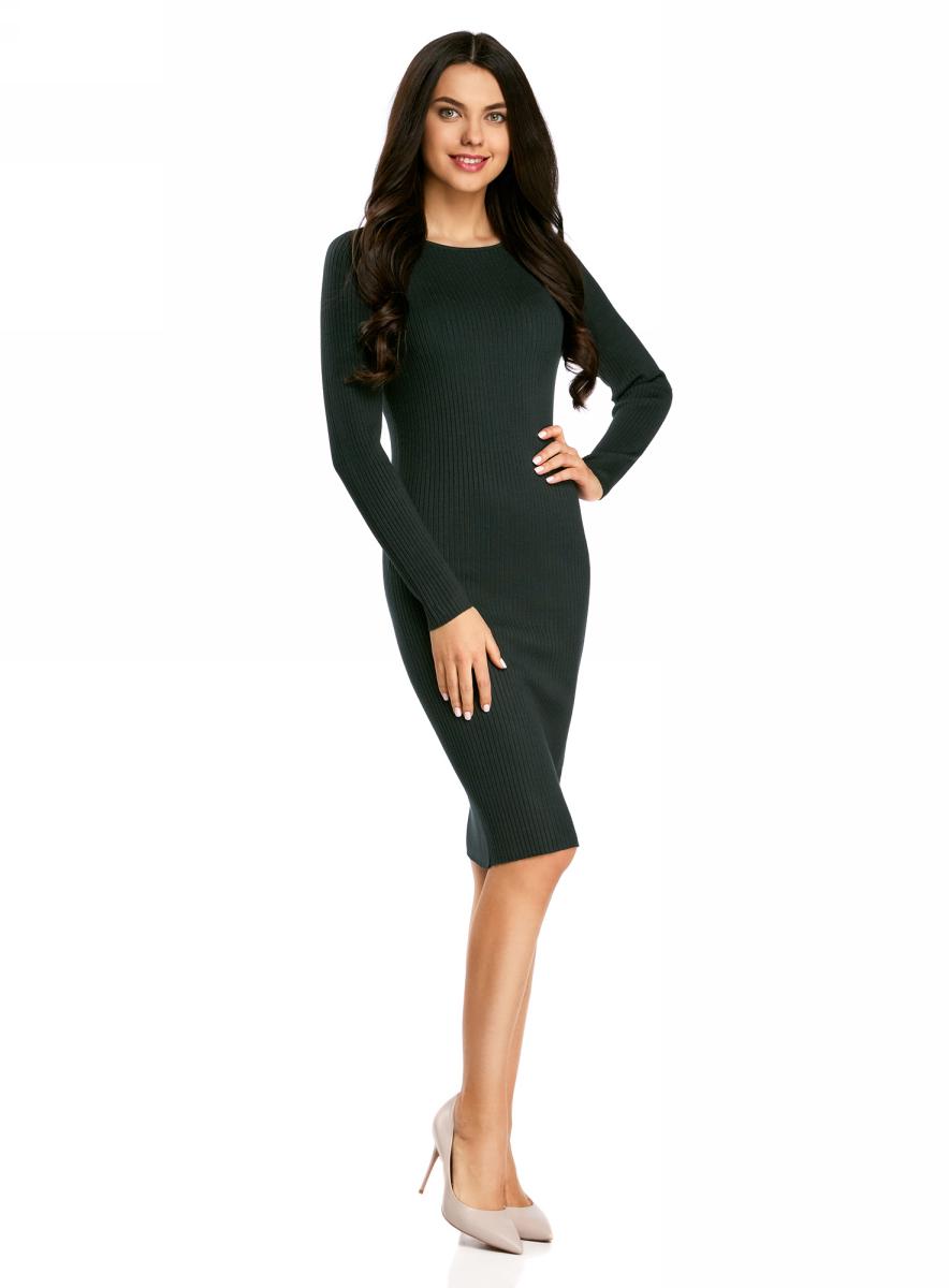 Платье oodji Collection, цвет: темно-изумрудный. 73912207-2B/24525/6E00N. Размер L (48)73912207-2B/24525/6E00NВязаное платье в рубчик от oodji выполнено из вискозной пряжи с добавлением полиамида. Модель длины миди с длинными рукавами и круглым вырезом горловины.