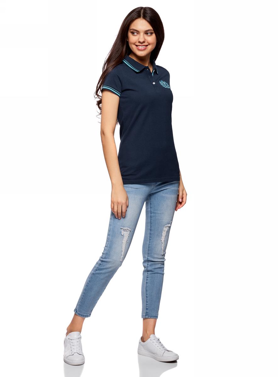 Поло женское oodji Collection, цвет: темно-синий. 29301002/46958/7900N. Размер M (46)29301002/46958/7900NПоло с контрастной отделкой и вышивкой на груди