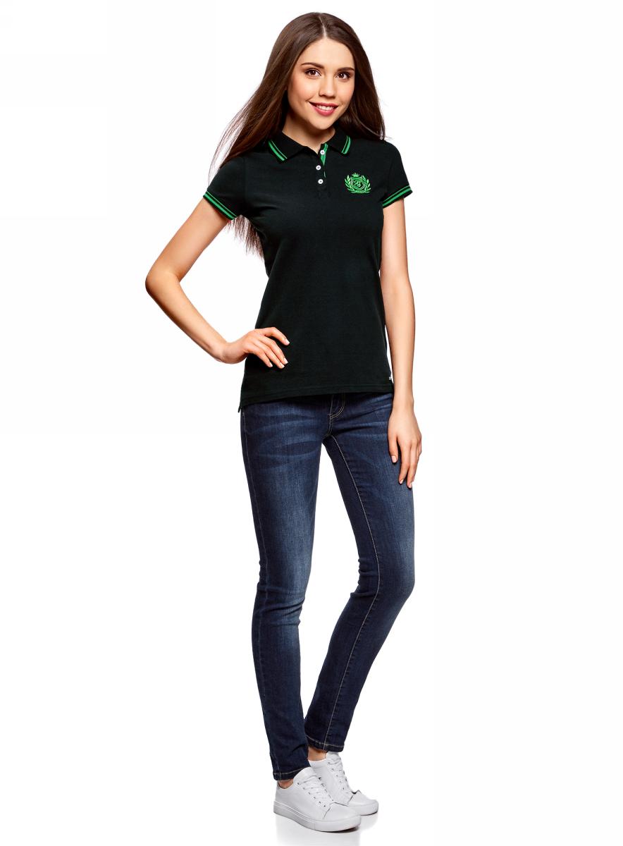 Поло женское oodji Collection, цвет: черный. 29301002/46958/2900N. Размер S (44)29301002/46958/2900NПоло с контрастной отделкой и вышивкой на груди
