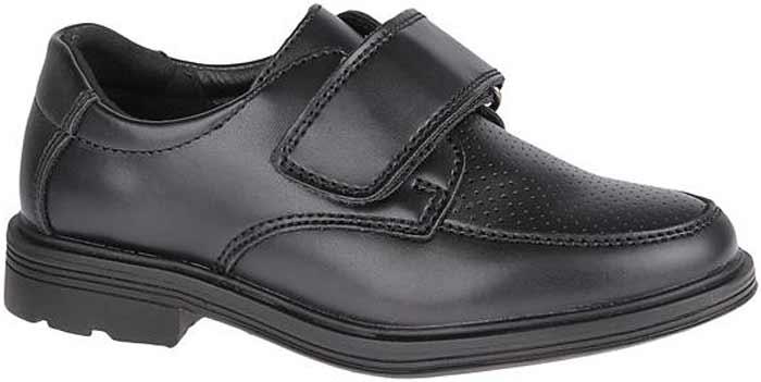 Полуботинки для мальчика Сказка, цвет: черный. R871622823. Размер 28R871622823Стильные полуботинки от бренда Сказка займут достойное место среди коллекции обуви вашего мальчика. Модель выполнена из натуральной и искусственной кожи и оформлена прострочкой. Подъем дополнен широким ремешком с липучкой, которая надежно зафиксирует обувь на ноге. Внутренняя поверхность и стелька, изготовленные из натуральной кожи, обеспечат ногам комфорт и уют. Подошва с рифлением гарантирует отличное сцепление с любой поверхностью. Трендовые полуботинки придутся по душе вашему мальчику.