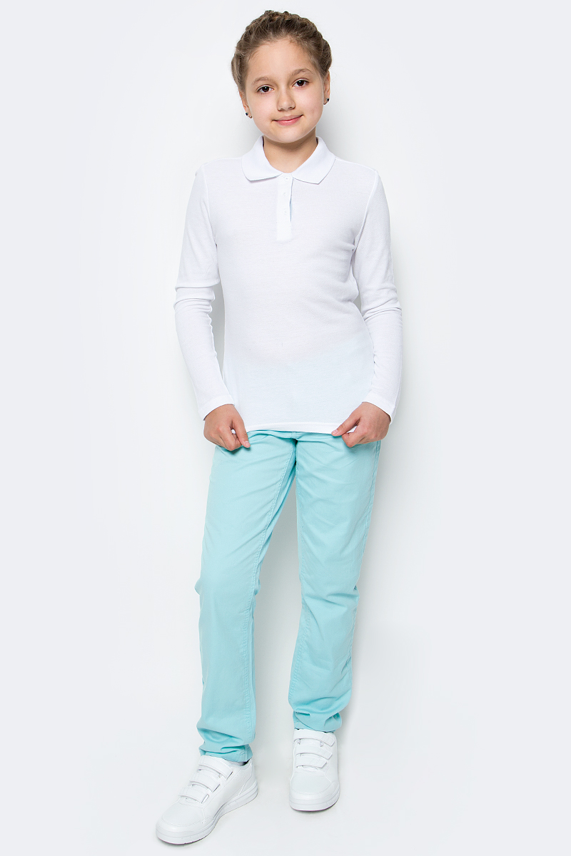 Поло для девочки Button Blue, цвет: белый. 217BBGS14010200. Размер 152, 12 лет217BBGS14010200Прекрасная альтернатива блузке - белое поло! По удобству и комфорту, поло для девочки в школу не менее удобно, чем футболка с длинным рукавом, но поло выглядит строже и наряднее. Небольшой цветовой акцент, внутренняя планка, придает модели изюминку.