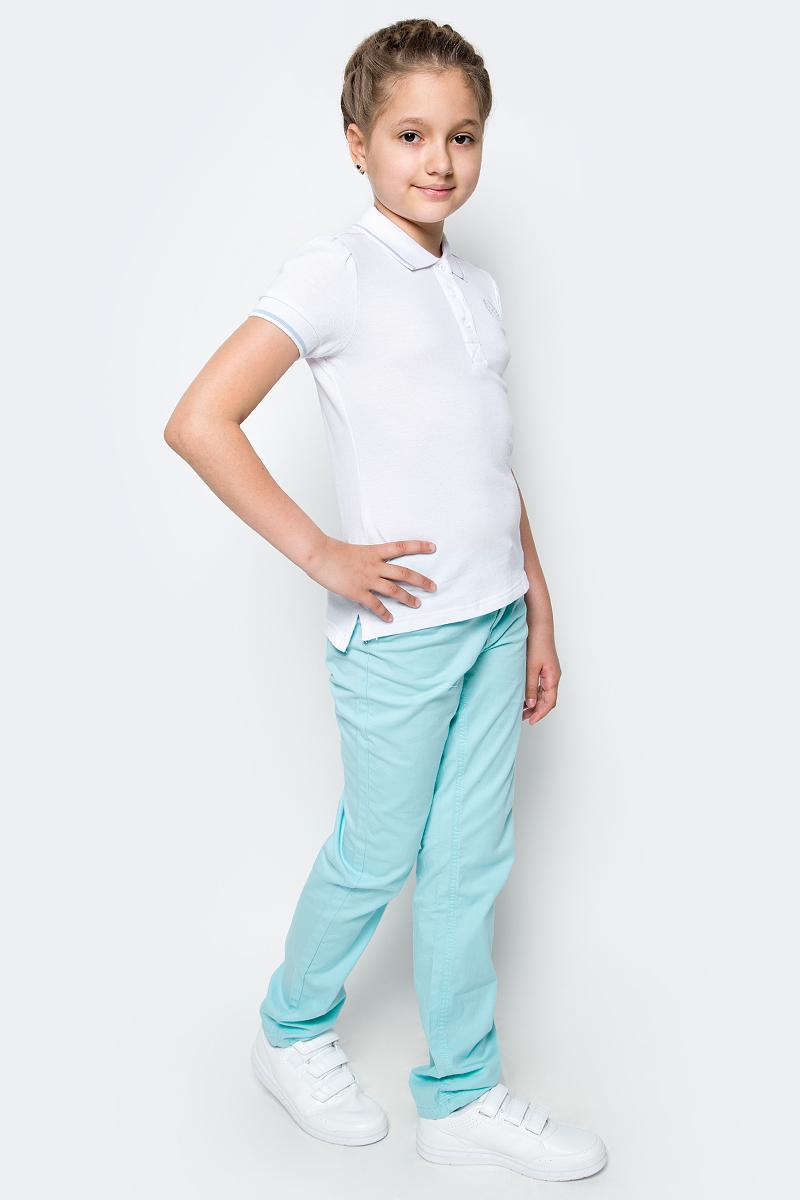 Поло для девочки Button Blue, цвет: белый. 217BBGS14020200. Размер 152, 12 лет217BBGS14020200Прекрасная альтернатива блузке - белое поло! По удобству и комфорту, поло для девочки в школу не менее удобно, чем футболка с коротким рукавом, но поло выглядит строже и наряднее. Небольшой цветовой акцент, внутренняя планка, придает модели изюминку.