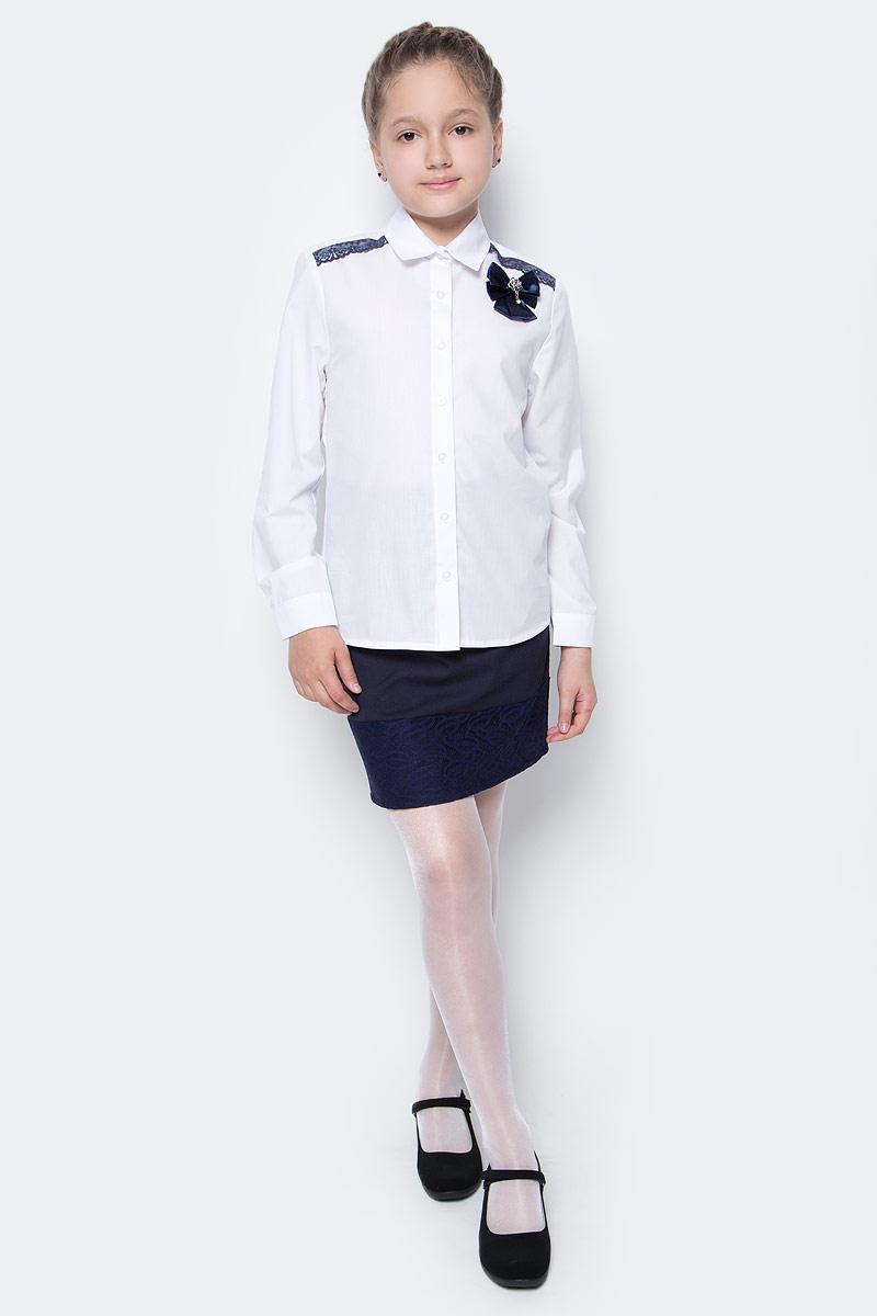 Рубашка для девочки Nota Bene, цвет: белый, синий. CWR27024A01. Размер 134CWR27024B01/CWR27024A01Стильная рубашка для девочки от Nota Bene выполнена из хлопка и полиэстера. Модель с отложным воротником и длинными рукавами застегивается на пуговицы по всей длине. Манжеты рукавов оснащены застежками-пуговицами.