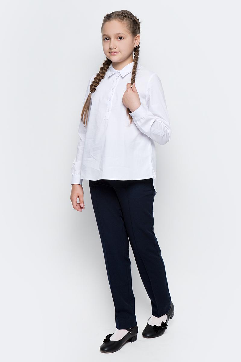 Блузка для девочки Scool, цвет: белый. 374457. Размер 146, 11 лет374457Стильная блузка для девочки Scool, выполненная из эластичного хлопка с добавлением полиэстера, дополнит повседневный гардероб ребенка. Блузка с отложным воротником и длинными рукавами застегивается на пуговицы. На рукавах предусмотрены манжеты. Спинка изделия удлинена. Блузка хорошо сочетается как с костюмами, так и с джинсами.