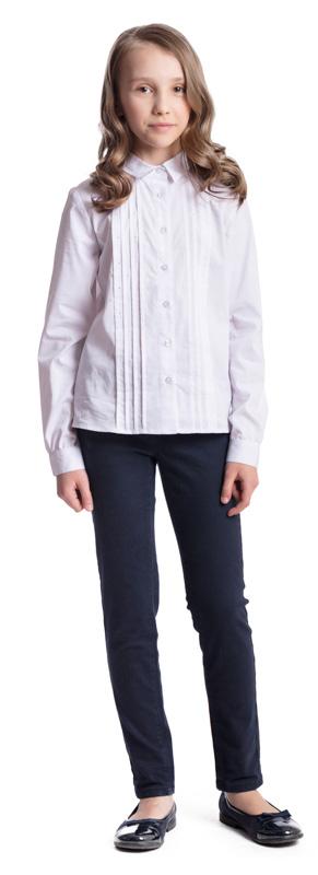 Блузка для девочки Scool, цвет: белый. 374456. Размер 146, 11 лет374456Элегантная блузка для девочки Scool, выполненная из эластичного хлопка с добавлением полиэстера, станет отличным дополнением к школьному гардеробу. Блузка с отложным воротником и длинными рукавами застегивается на пуговицы. На рукавах предусмотрены манжеты. Передняя часть этой модели декорирована россыпью стразов и складками по всей длине изделия.