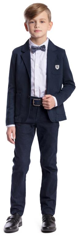 Рубашка для мальчика Scool, цвет: белый, темно-синий. 373438. Размер 134, 9 лет373438Рубашка для мальчика Scool изготовлена из хлопка и полиэстера. Лекало этой модели полностью повторяет лекало модели для взрослого мужчины. Рубашка с отложным воротником и длинными рукавами застегивается на пуговицы. На груди расположен накладной карман. На рукавах предусмотрены манжеты с застежками-пуговицами. Рубашка дополнена аккуратным галстуком-бабочкой контрастного цвета. Модель хорошо сочетается с костюмом в деловом стиле и джинсами.