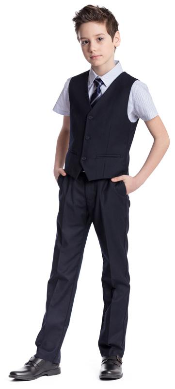 Рубашка для мальчика Scool, цвет: голубой. 373442. Размер 152, 12 лет373442Рубашка для мальчика Scool изготовлена из хлопка и полиэстера. Лекало этой модели полностью повторяет лекало модели для взрослого мужчины. Рубашка с отложным воротником и короткими рукавами застегивается на пуговицы. Модель хорошо сочетается с костюмом в деловом стиле и джинсами.