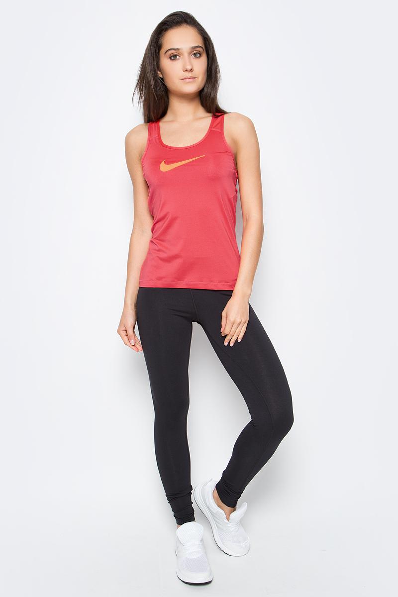 Майка женская для фитнеса Nike Pro Cool Tank, цвет: коралловый. 725489-850. Размер L (46/48)725489-850Женская спортивная майка Nike Pro Cool Tank сочетает в себе необходимые во время активных тренировок качества. Технология Dri -FIT с влагоотводящими свойствами поддерживает тело сухим и гарантирует комфорт. Модель имеет приталенный силуэт, что замечательно для наслоения или ношения соло. Мелкая перфорация на спинке и плечах позволяет сохранять прохладу во время повышенных нагрузок на тренировках. Майка с круглым вырезом горловины оформлена логотипом Nike на груди. Плоские швы не натирают и не раздражают кожу. Спинка удлинена с закругленным краем. Это прекрасный вариант для занятий спортом как на улице, так и в помещении.