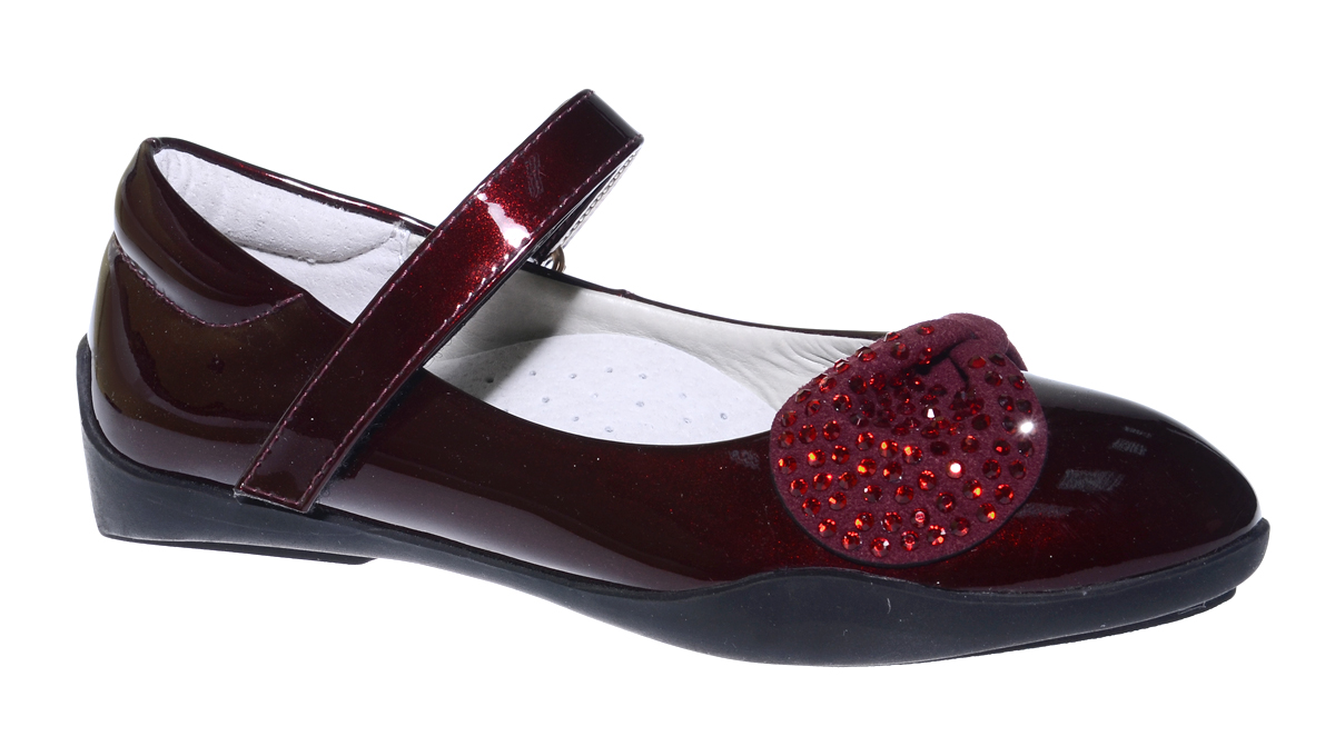 Туфли для девочки Болеро, цвет: бордовый. G17003B. Размер 28G17003BОчаровательные туфли для девочки Болеро станут неотъемлемой частью повседневной жизни юной модницы.Модель выполнена из искусственной лакированной кожи и оформлена декоративным элементом со стразами. Внутренняя отделка выполнена из натуральной кожи. Удобная застежка-липучка быстро и надежно фиксирует обувь на ноге ребенка, а формованный задник обеспечивает правильную установку стопы внутри туфель, предотвращая развитие деформаций.Стелька с супинатором, изготовленная из натуральной кожи, учитывает анатомические особенности строения детской стопы, обеспечивает профилактику от развития плоскостопия и гарантирует ногам ребенка ощущение комфорта и легкости при ходьбе.Рифленая подошва из легкого полимерного термопластичного материала обладает высокой прочностью и гибкостью и обеспечивает надежное сцепление с различными поверхностями.