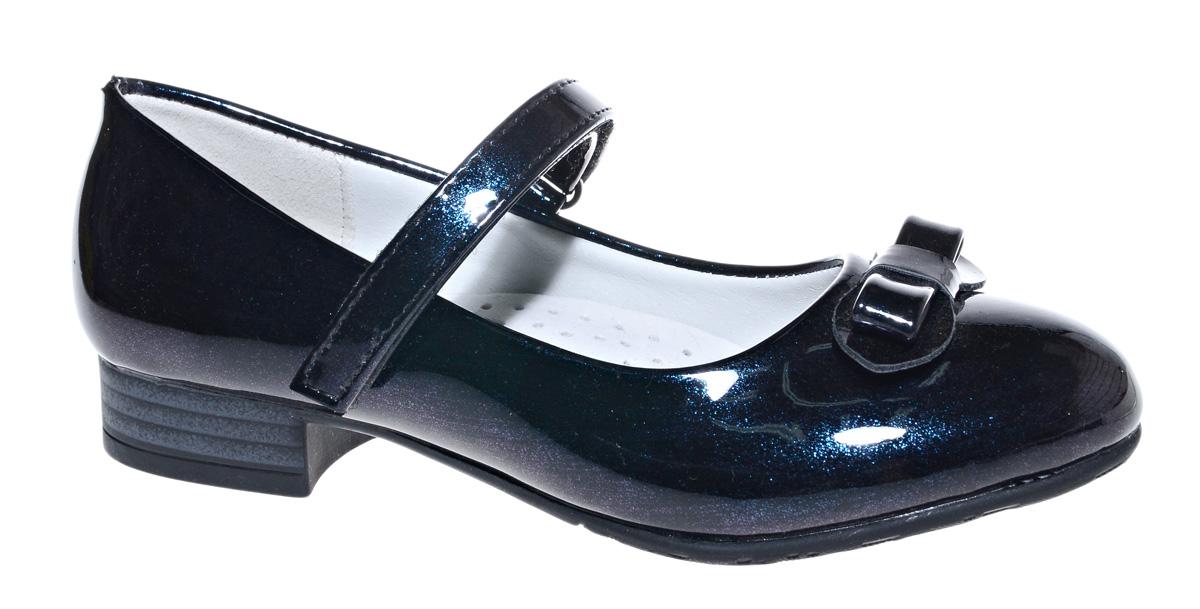 Туфли для девочки М+Д, цвет: темно-синий. 7806_2. Размер 317806_2Стильные туфли для девочки от М+Д выполнены из искусственной лаковой кожи. Модель на небольшой танкетке на подъеме фиксируется при помощи ремешка на липучке. Туфли оформлены очаровательным бантиком.