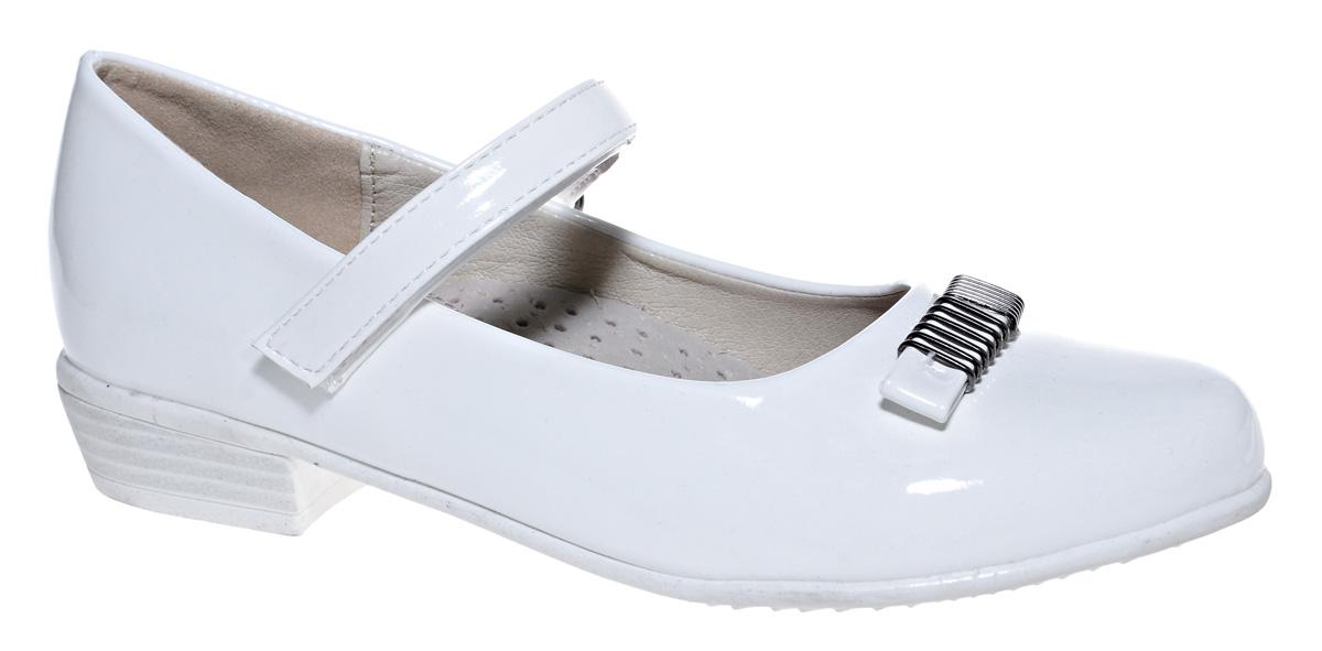 Туфли для девочки М+Д, цвет: белый. 7818_10. Размер 327818_10Стильные туфли для девочки от М+Д выполнены из искусственной лаковой кожи. Модель на небольшом квадратном каблуке на подъеме фиксируется при помощи ремешка на липучке. Модель оформлена очаровательным бантиком.