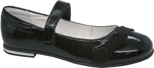 Туфли для девочки Зебра, цвет: черный. 11815-1. Размер 3311815-1Стильные туфли для девочки Зебра гарантируют здоровое и правильное развитие ног ребенка.Модель выполнена из натуральной кожи и оформлена бантиком с декоративными элементами. Внутренняя отделка выполнена из натуральной кожи. Туфли имеют внутреннюю форму, которая соответствует анатомическому строению стопы ребенка, что гарантирует комфортное положение ноги и обеспечивает условия, необходимые для ее роста и нормального функционирования. Удобная застежка-липучка быстро и надежно фиксирует обувь на ноге ребенка, а формованный жесткий задник, плотно охватывающий пятку, обеспечивает правильную установку стопы внутри туфель, предотвращая развитие деформаций.Стелька с супинатором, изготовленная из натуральной кожи, учитывает анатомические особенности строения детской стопы, обеспечивает им наилучшую защиту и профилактику от развития плоскостопия, гарантирует ногам ребенка ощущение комфорта и легкости при ходьбе, уменьшает усталость мышц и связок.Рифленая подошва туфель из легкого полимерного термопластичного материала обладает высокой прочностью, гибкостью, надежным сцеплением с различными покрытиями, не пачкает полы и оставляет следов и полос.