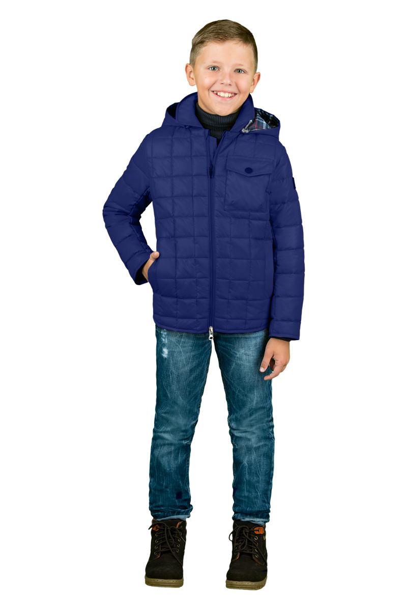 Куртка для мальчика Boom!, цвет: темно-синий. 70337_BOB_вар.1. Размер 128, 7-8 лет70337_BOB_вар.1Куртка для мальчика Boom! выполнена из полиэстера. Куртка с отложным воротником и капюшоном застегивается на удобную застежку-молнию. Капюшон в объеме регулируется при помощи скрытого эластичного шнурка со стопперами. Модель дополнена спереди накладным карманом с застежкой - пуговицей и двумя втачными карманами по бокам.