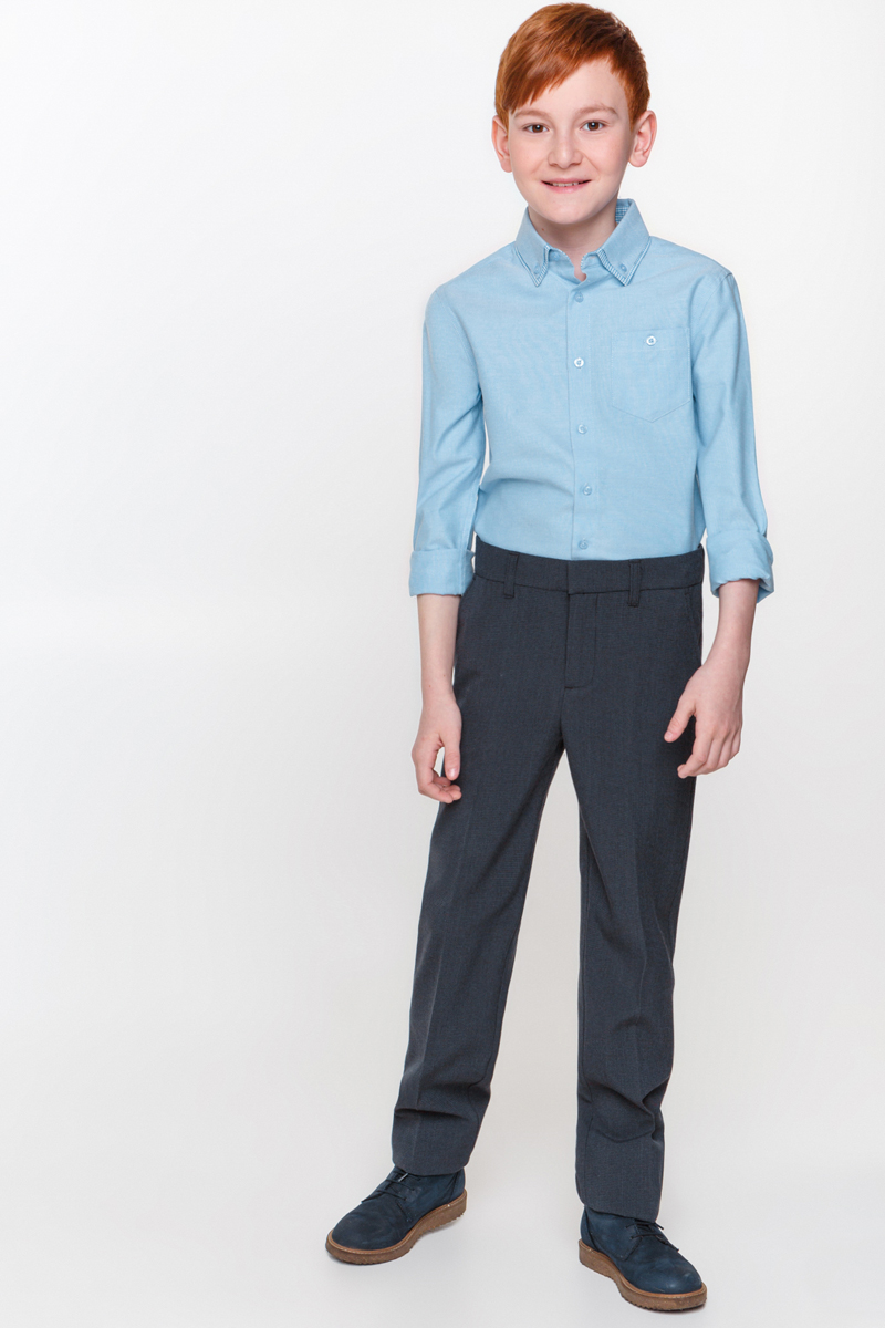 Рубашка для мальчика Overmoon Somn, цвет: голубой. 21100280002_400. Размер 14021100280002_400Рубашка для мальчика Overmoon Somn выполнена из высококачественного материала. Модель с отложным воротником и длинными рукавами застегивается на пуговицы. Манжеты застегиваются на пуговицы. На груди рубашка дополнена накладным карманом на пуговице.