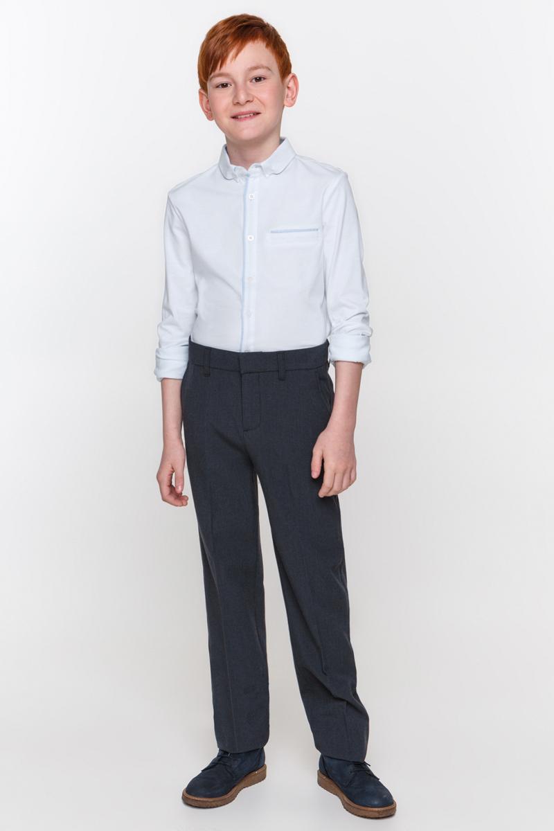 Рубашка для мальчика Overmoon Gesper, цвет: белый. 21100100002_200. Размер 16421100100002_200Рубашка для мальчика Overmoon выполнена из высококачественного материала. Модель с отложным воротником и длинными рукавами застегивается по всей длине на пуговицы.