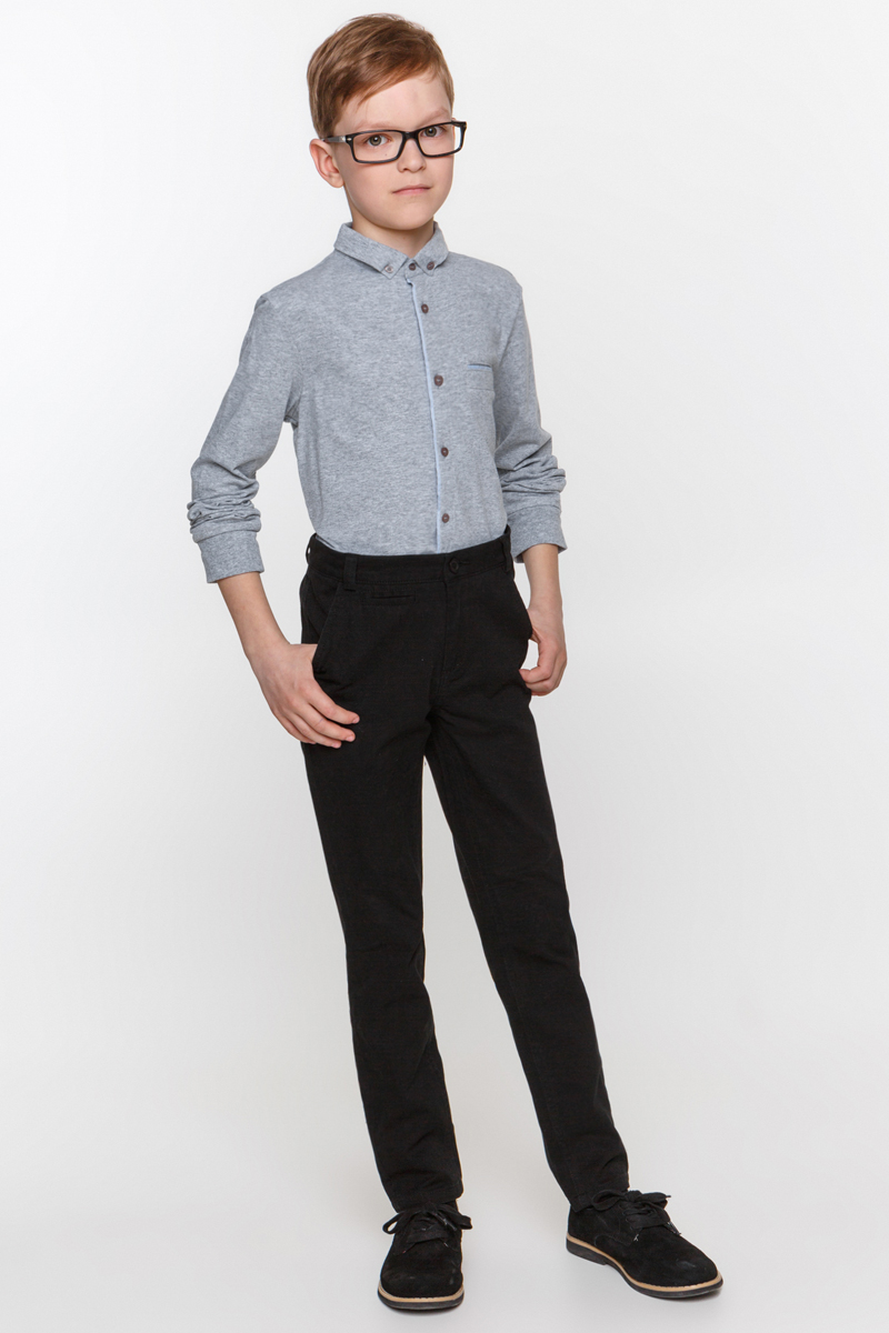 Рубашка для мальчика Overmoon Gesper, цвет: серый. 21100100002_1900. Размер 15221100100002_1900Рубашка для мальчика Overmoon выполнена из высококачественного материала. Модель с отложным воротником и длинными рукавами застегивается по всей длине на пуговицы.