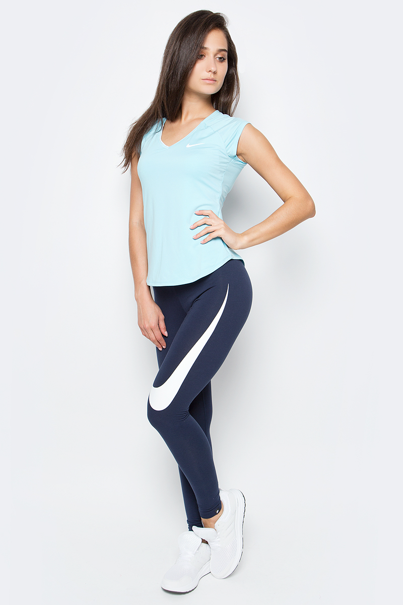 Тайтсы женские Nike Nslggng Club Swsh, цвет: темно-синий. 872053-451. Размер M (44/46)872053-451Женские тайтсы Nslggng Club Swsh от Nike, выполненные из эластичного хлопка, прекрасно облегают тело, не натирают кожу и не сковывают движений во время занятий любимым видом спорта. Модель хорошо тянется и при этом не деформируется, возвращаясь к первоначальному виду. Эластичный пояс обеспечивает идеальную посадку.