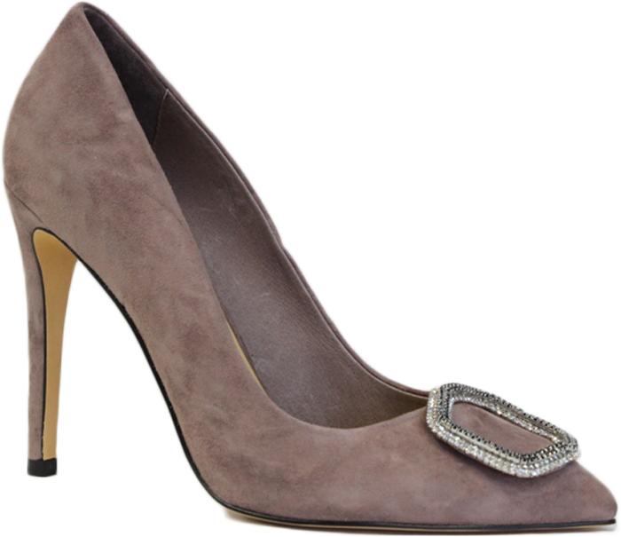 Туфли женские Graciana, цвет: розовый. A5228-15-3. Размер 40A5228-15-3Женские туфли от Graciana выполнены из натуральной замши. Мысок украшен брошью. Подкладка, изготовленная из натуральной кожи, обладает хорошей влаговпитываемостью и естественной воздухопроницаемостью. Стелька из натуральной кожи гарантирует комфорт и удобство стопам. Подошва из полимерного термопластичного материала обеспечивает хорошую амортизацию и сцепление с любой поверхностью.
